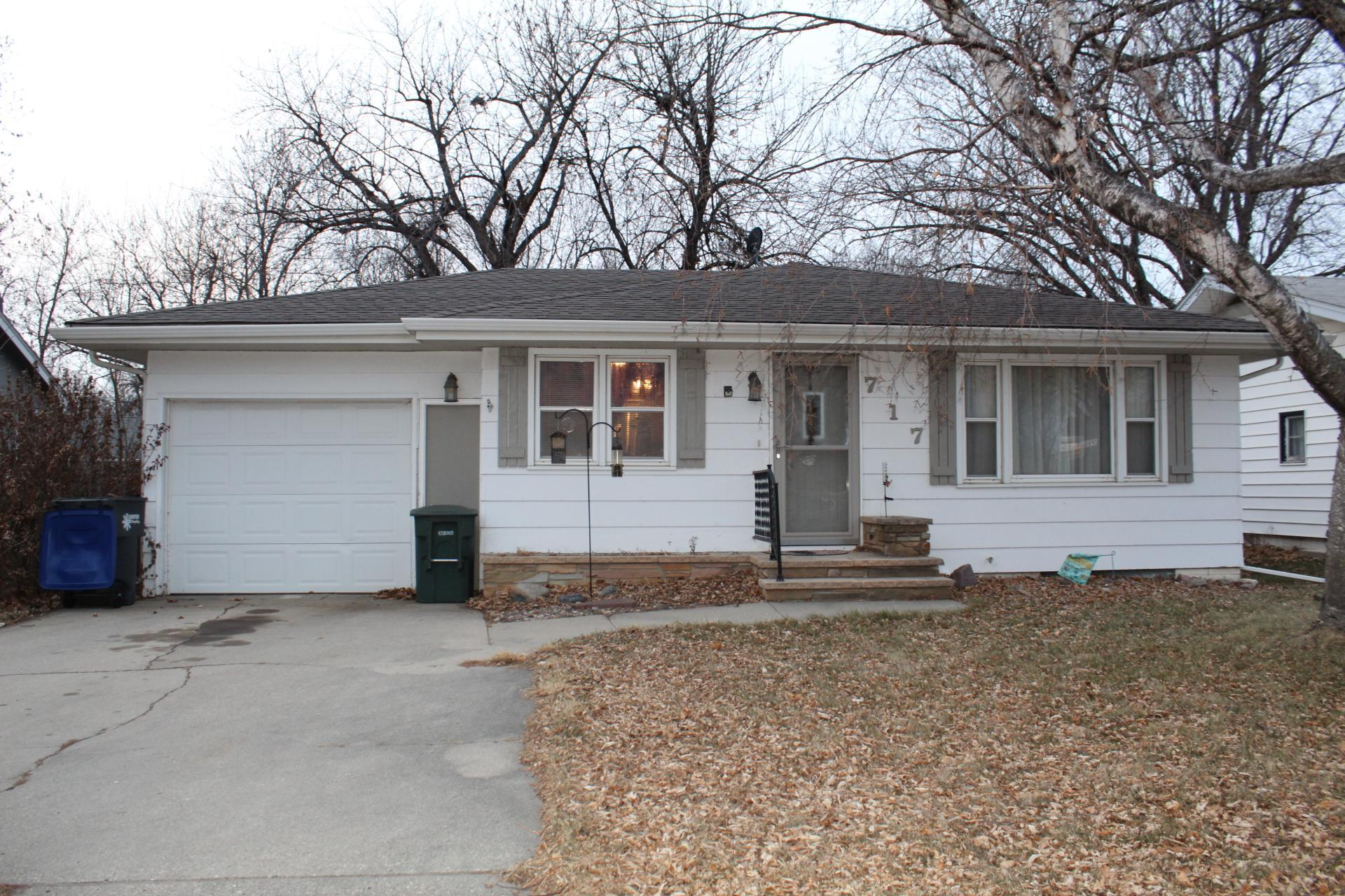 717 N Blue Mound Avenue Property Photo - Luverne, MN real estate listing