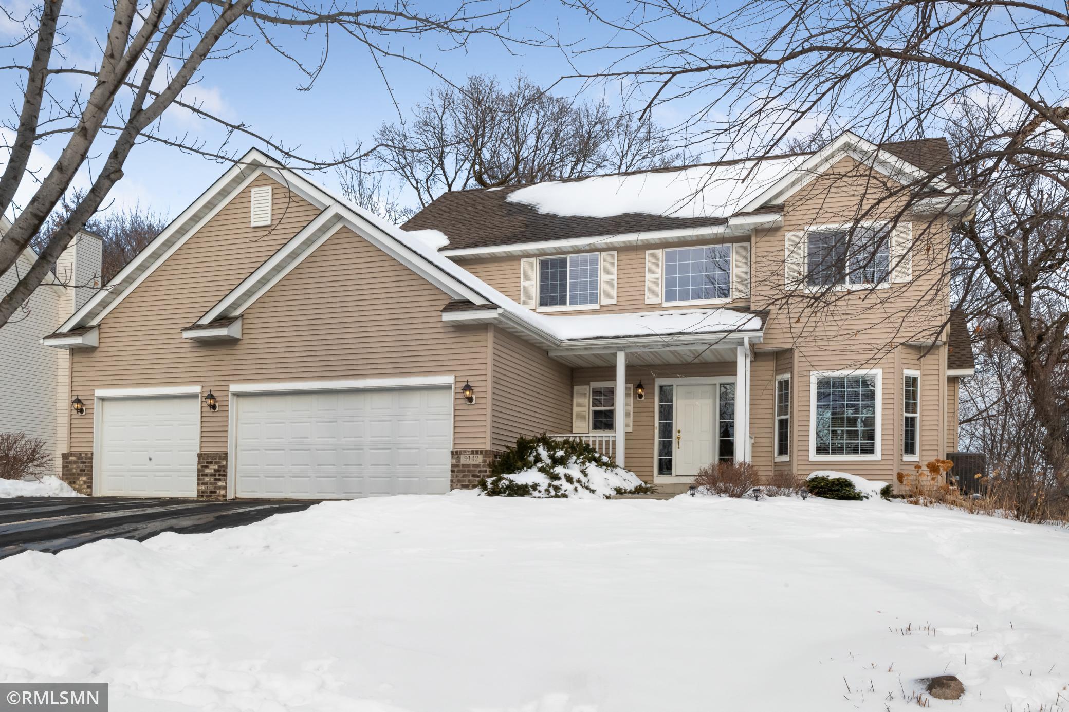 9142 Woodland Drive Property Photo - Minnetrista, MN real estate listing