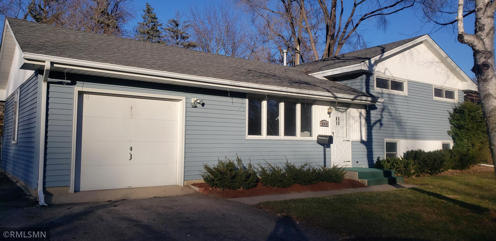 4600 Southmore Drive Property Photo - Bloomington, MN real estate listing