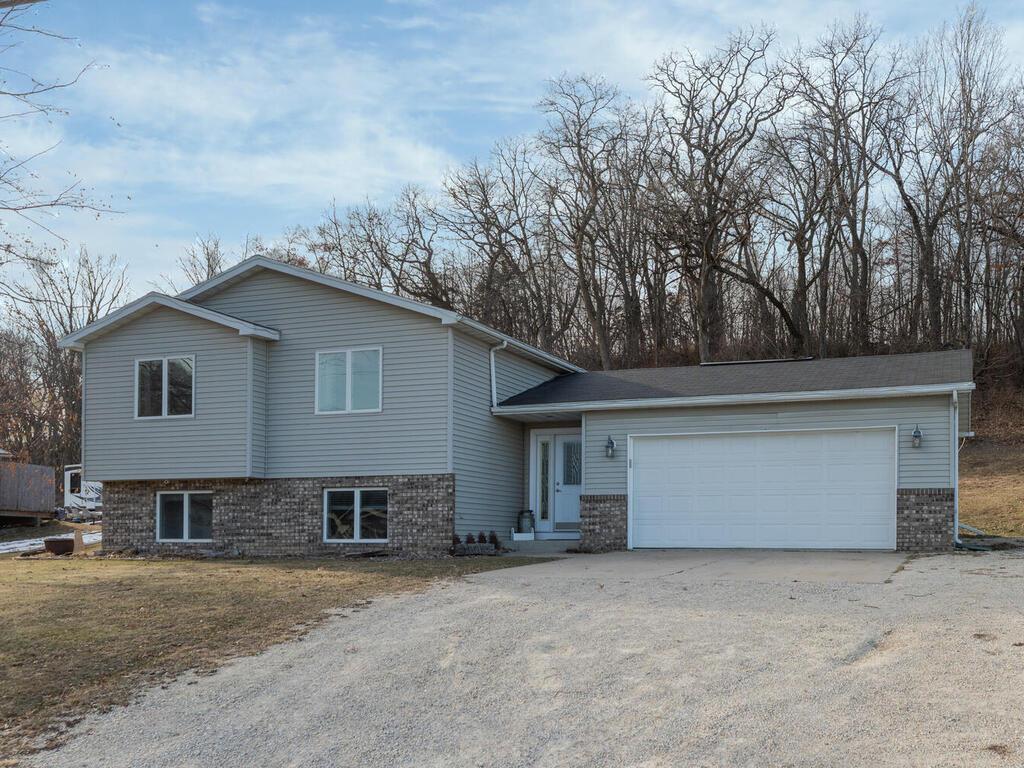 1560 Wabasha Avenue Property Photo - Saint Charles, MN real estate listing