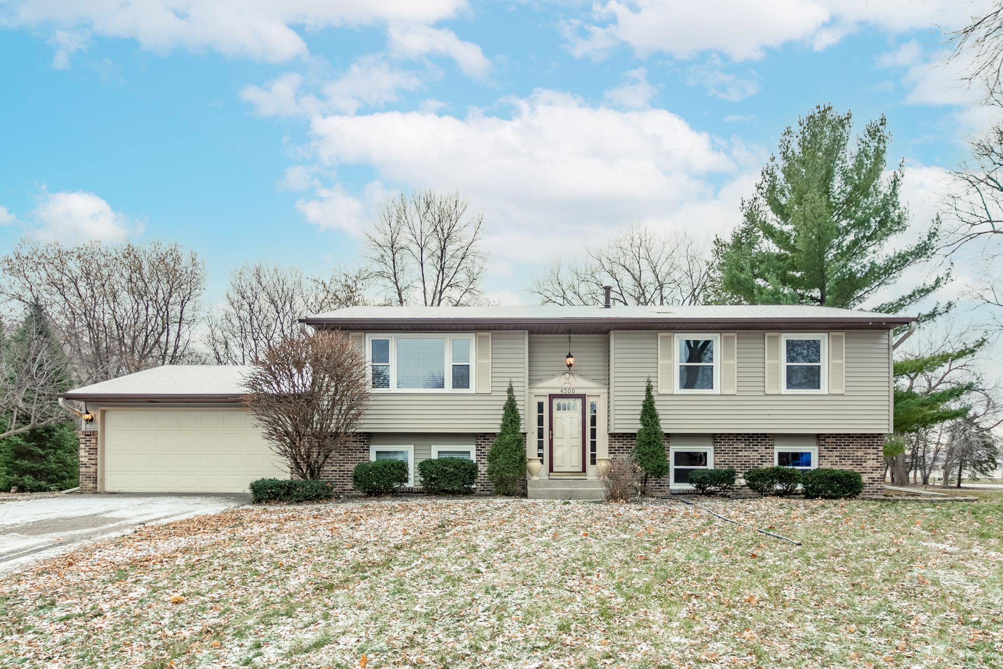Amhurst 2nd Add Real Estate Listings Main Image