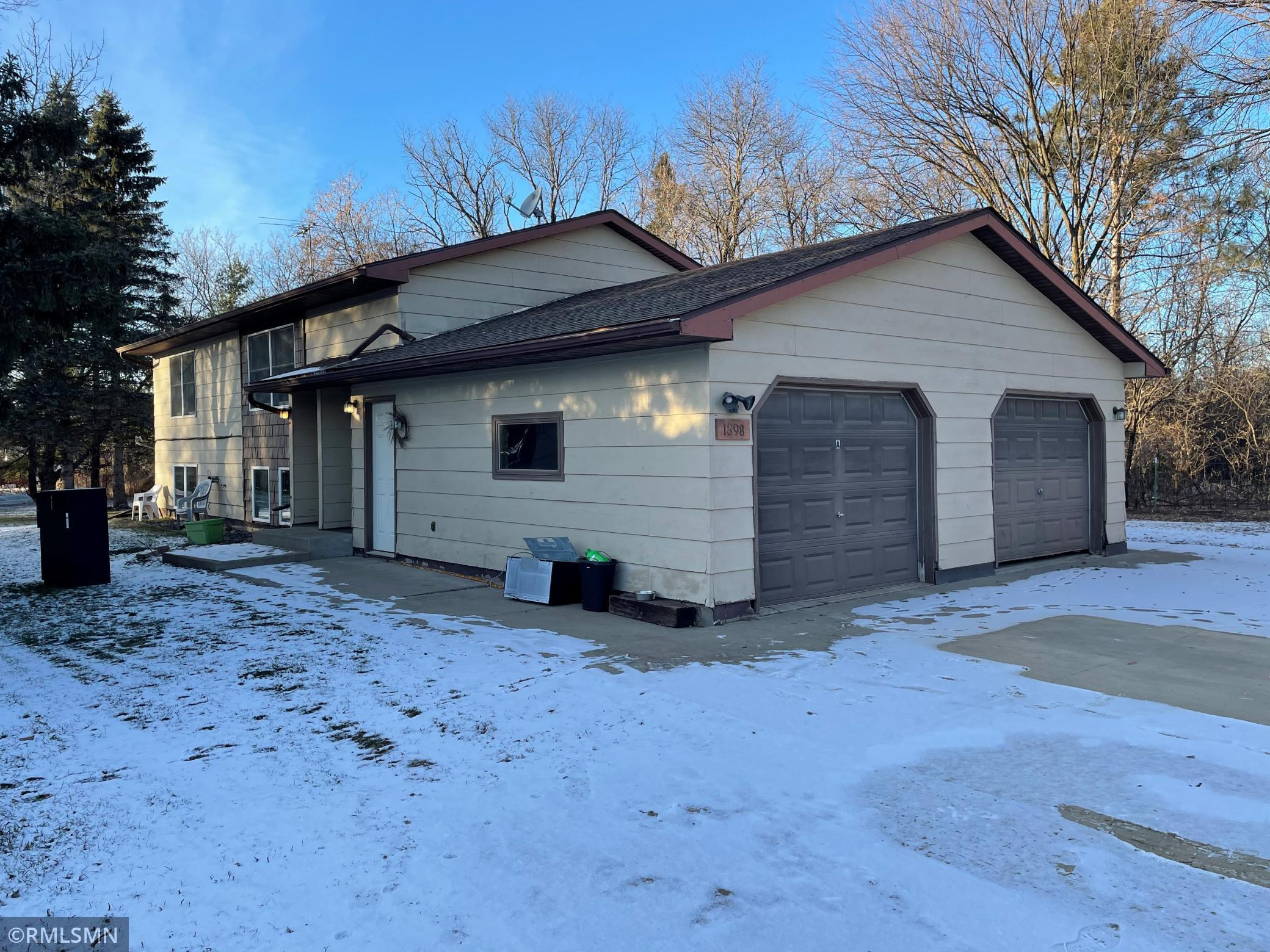 1398 Haggerty Street Property Photo - Houlton, WI real estate listing