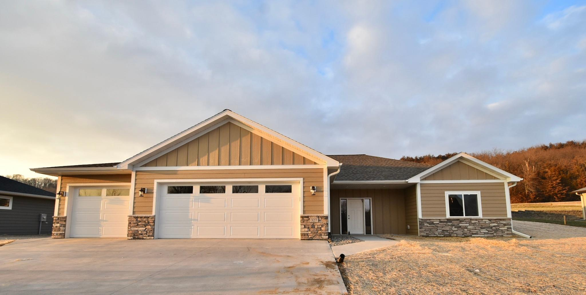 327 Larkspur Lane Property Photo - Cannon Falls, MN real estate listing