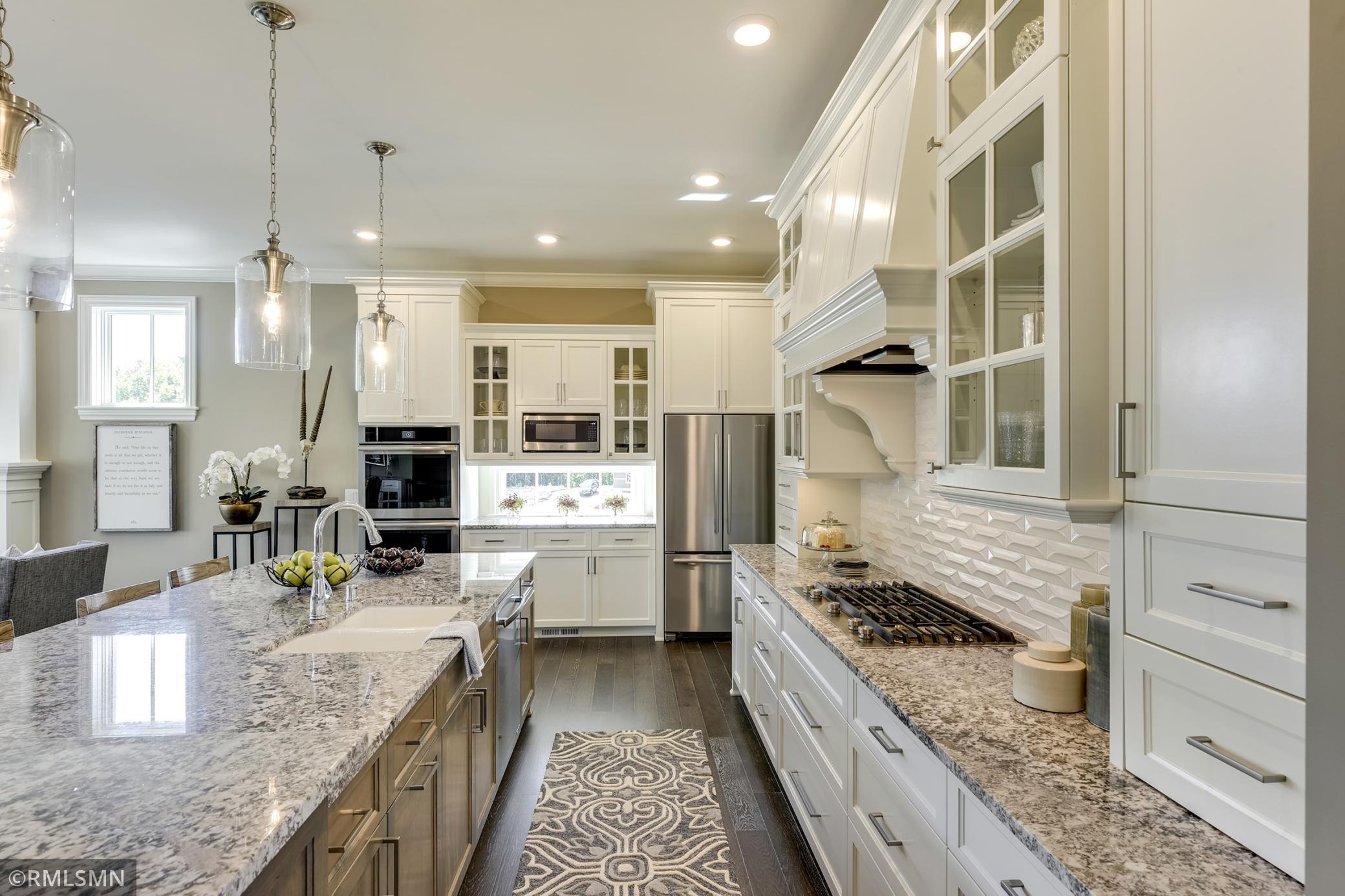 161 Lakeshore Circle Property Photo - Waconia, MN real estate listing