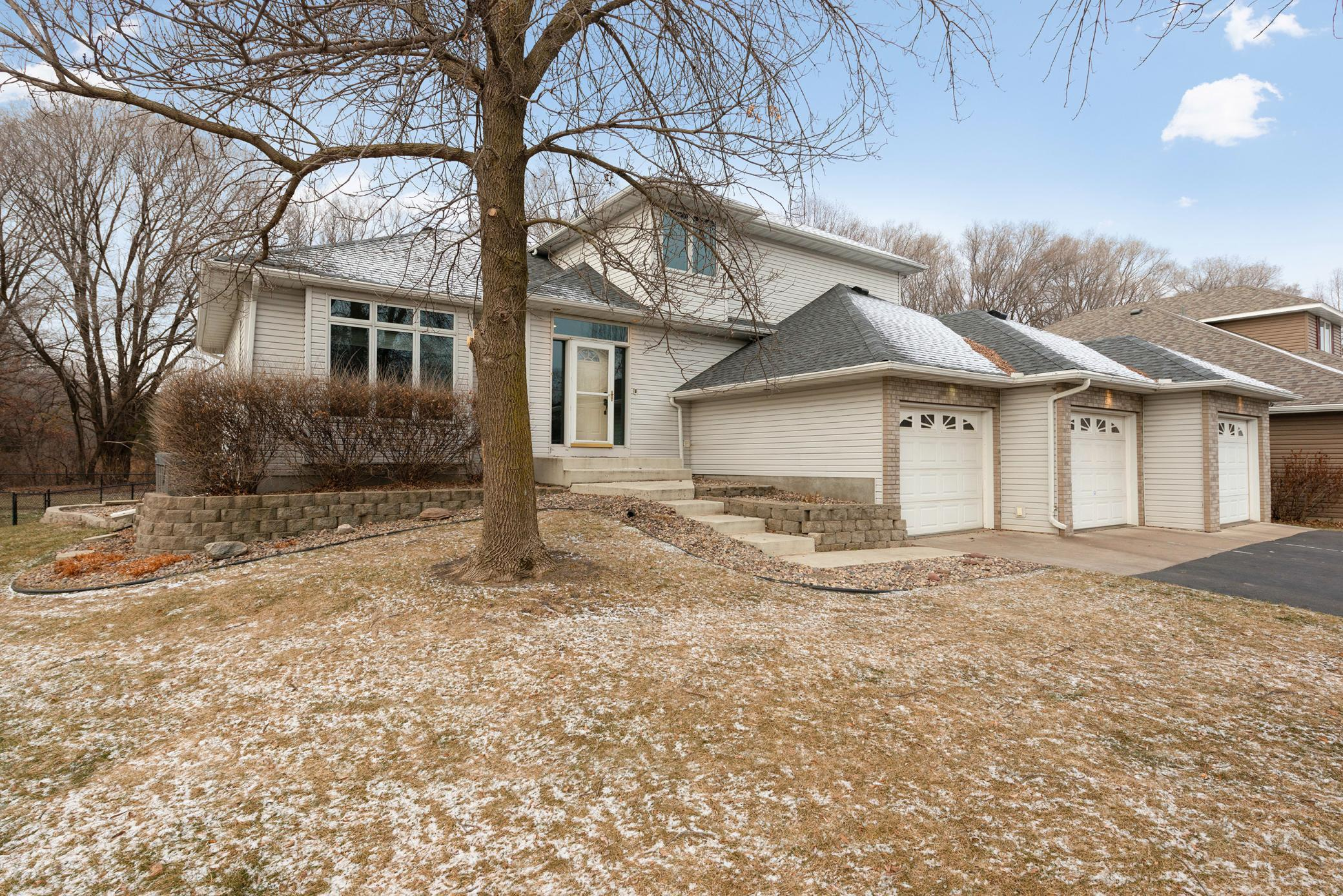5021 Oxbow Place Property Photo - Champlin, MN real estate listing