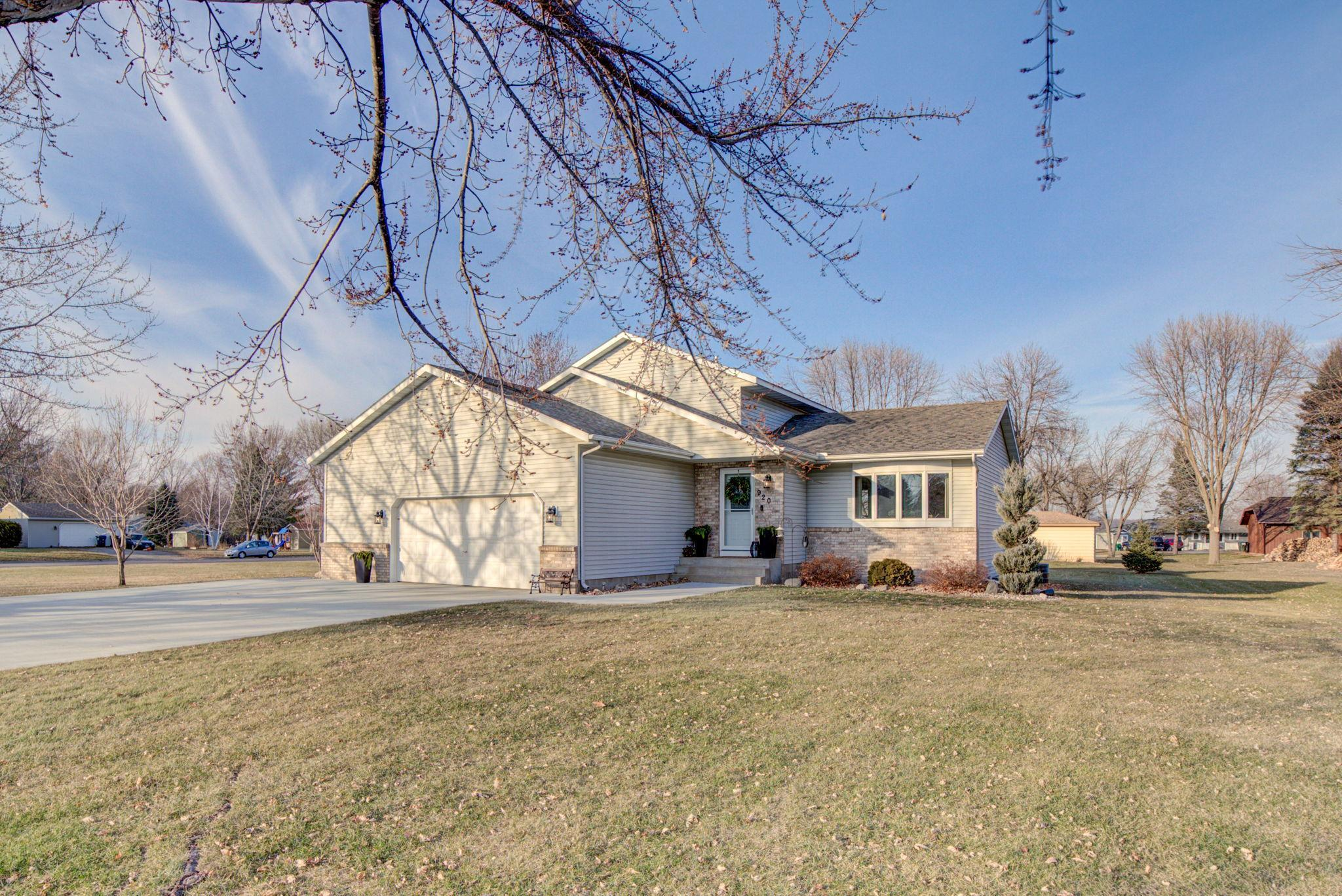 920 W Main Street Property Photo - Belle Plaine, MN real estate listing