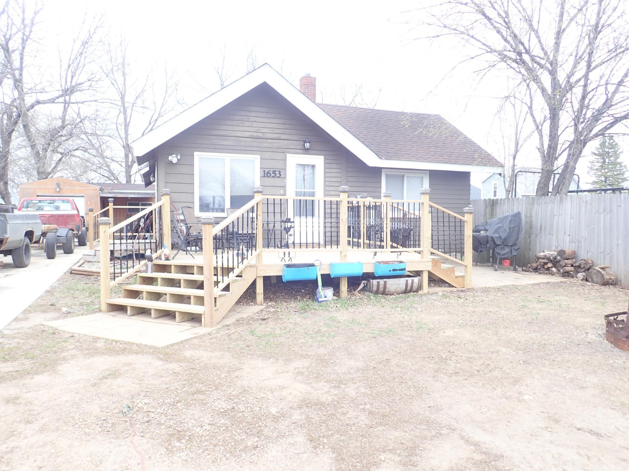 1653 Langley Avenue Property Photo - Windom, MN real estate listing