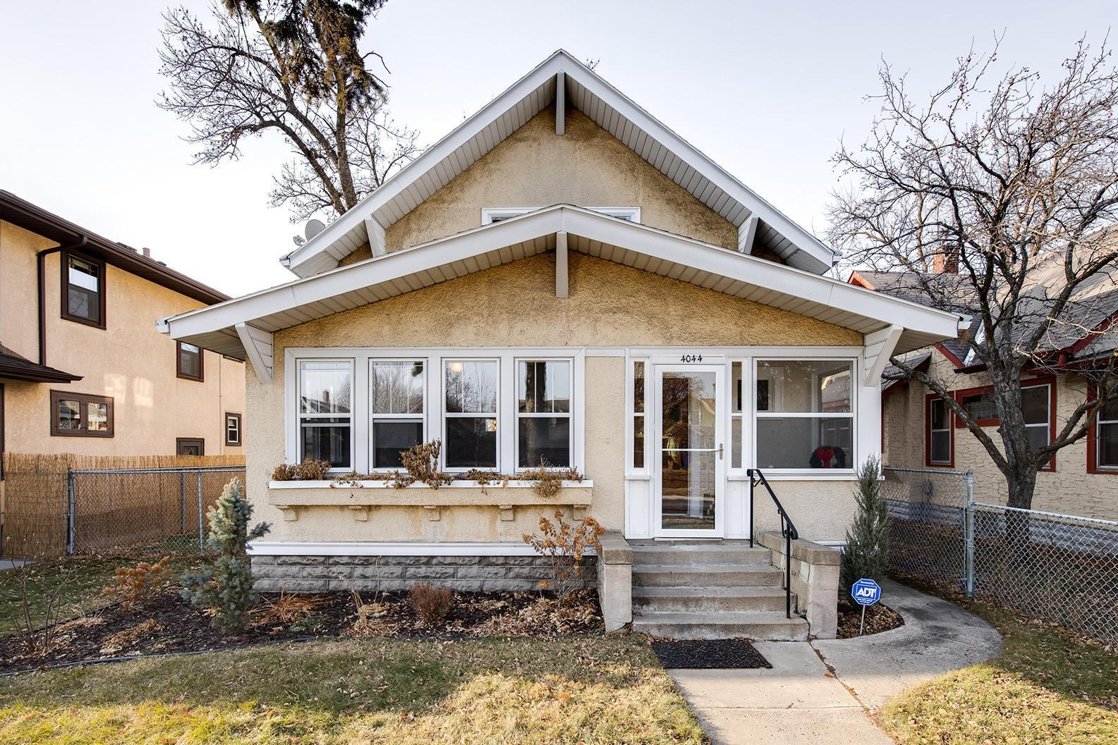4044 Park Avenue Property Photo - Minneapolis, MN real estate listing