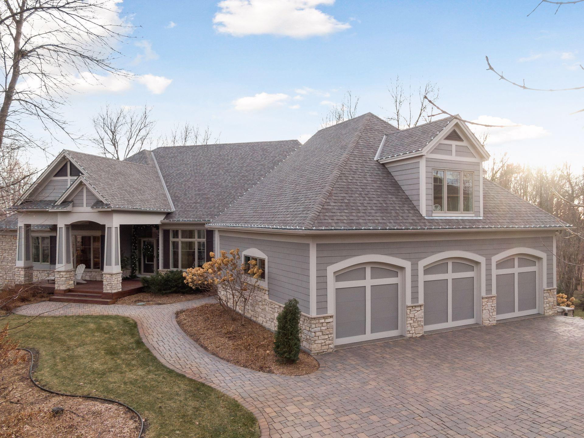 21080 Ridgewood Trail Property Photo - Lakeville, MN real estate listing