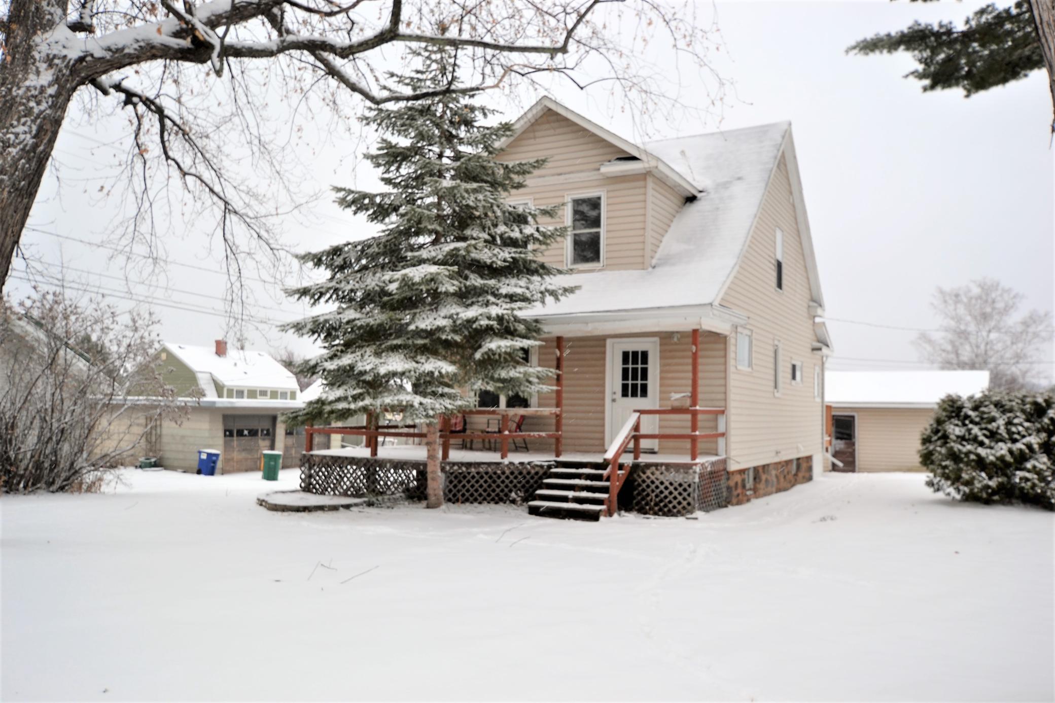 204 Morrison Avenue Property Photo - Coleraine, MN real estate listing