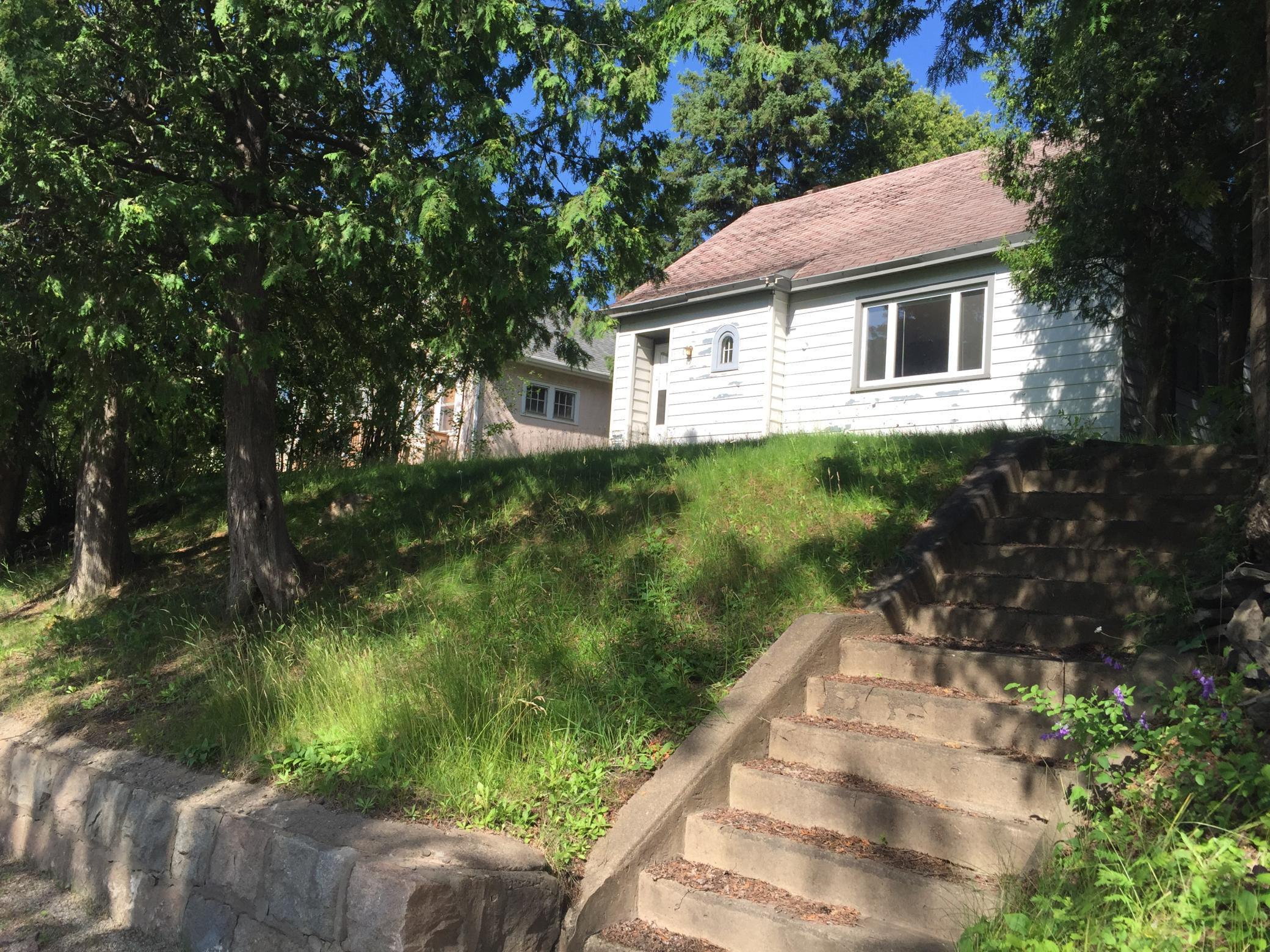 808 Grant Avenue Property Photo - Eveleth, MN real estate listing