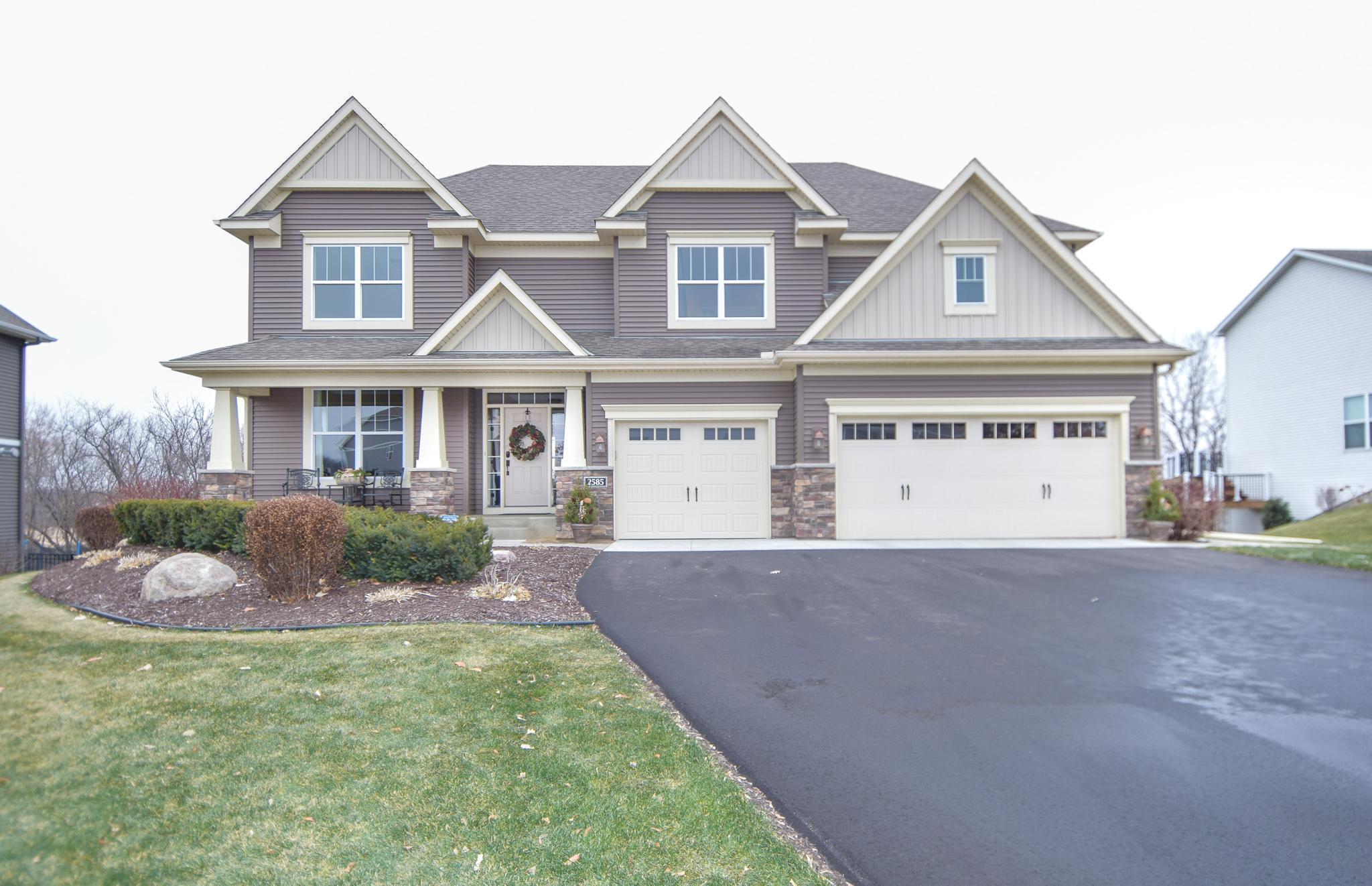 2585 Heron Lane Property Photo - Victoria, MN real estate listing