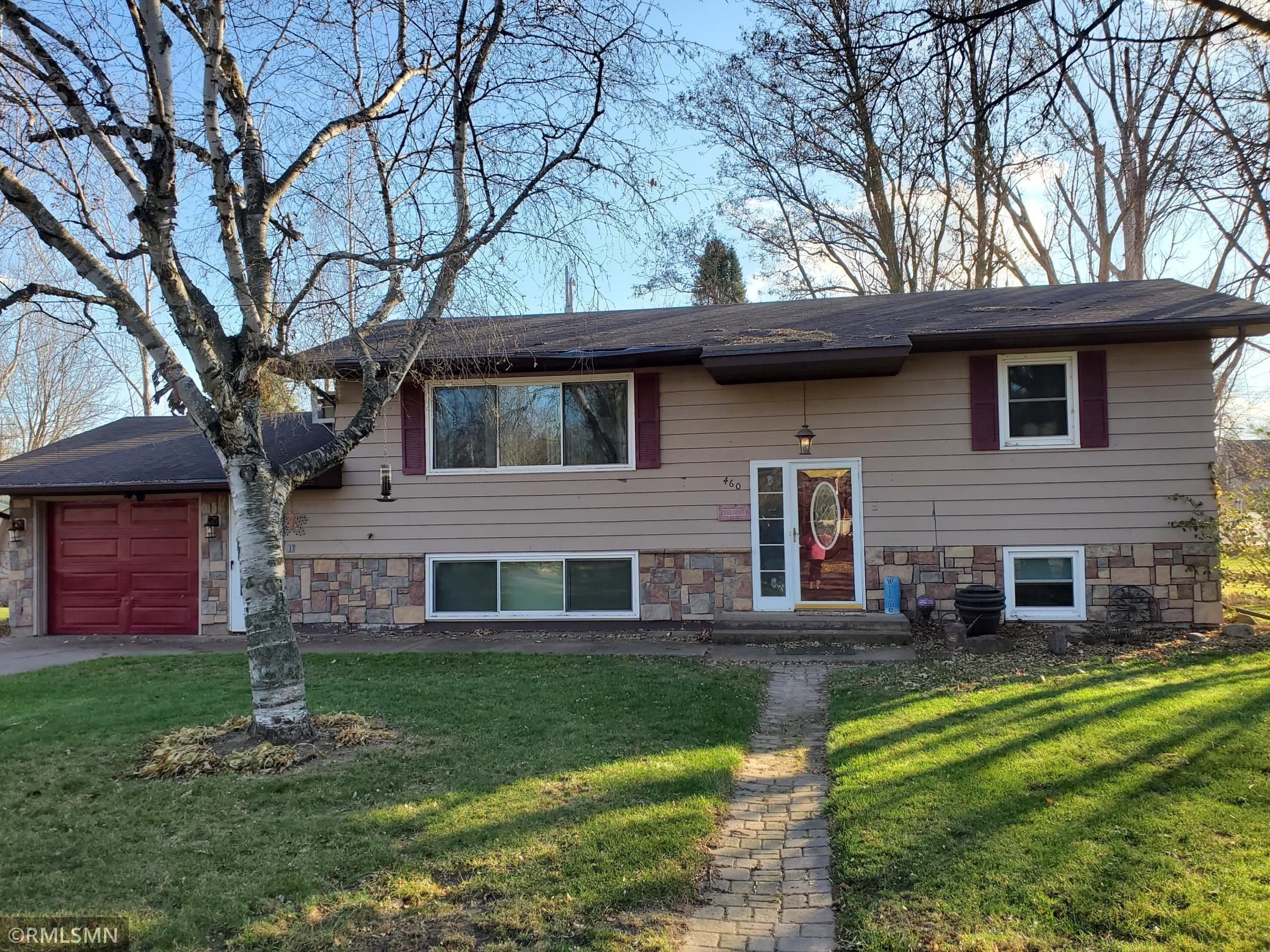 460 W 2nd Street Property Photo - Rush City, MN real estate listing