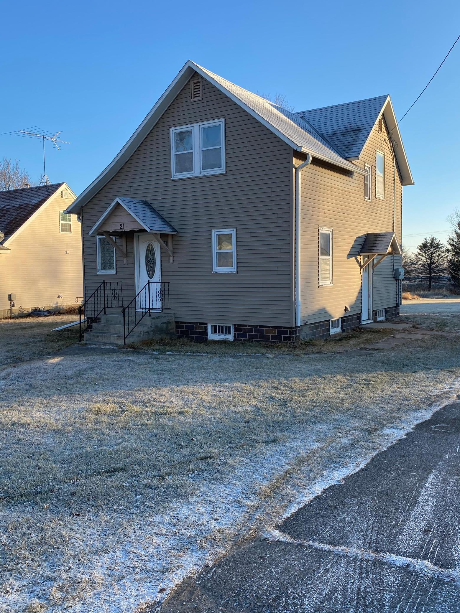 21 Maple Street Property Photo - Conger, MN real estate listing