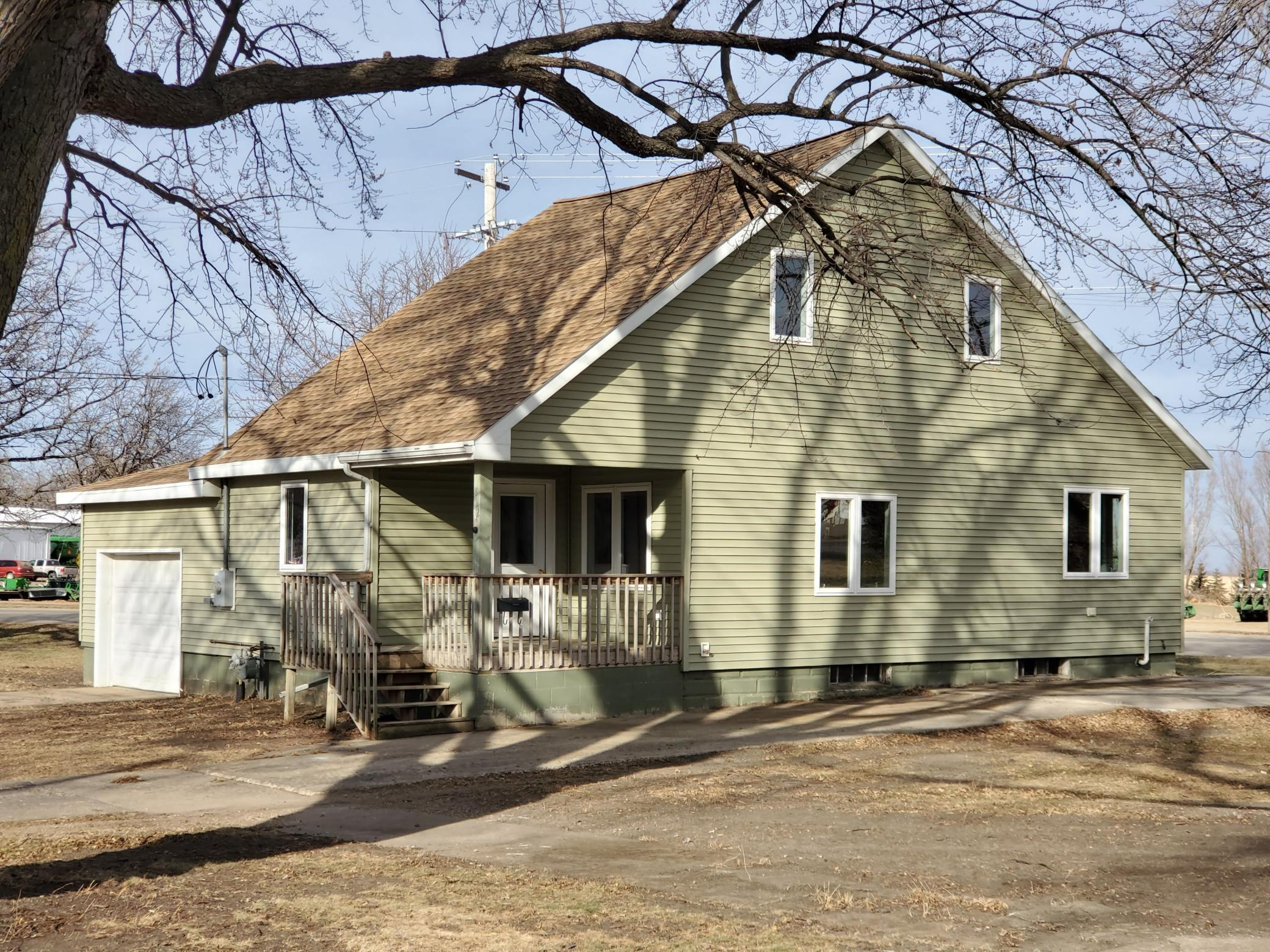 812 Harvey Street Property Photo - Tracy, MN real estate listing