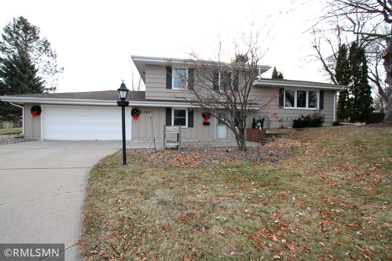 3347 Shepherd Hills Circle Property Photo - Bloomington, MN real estate listing