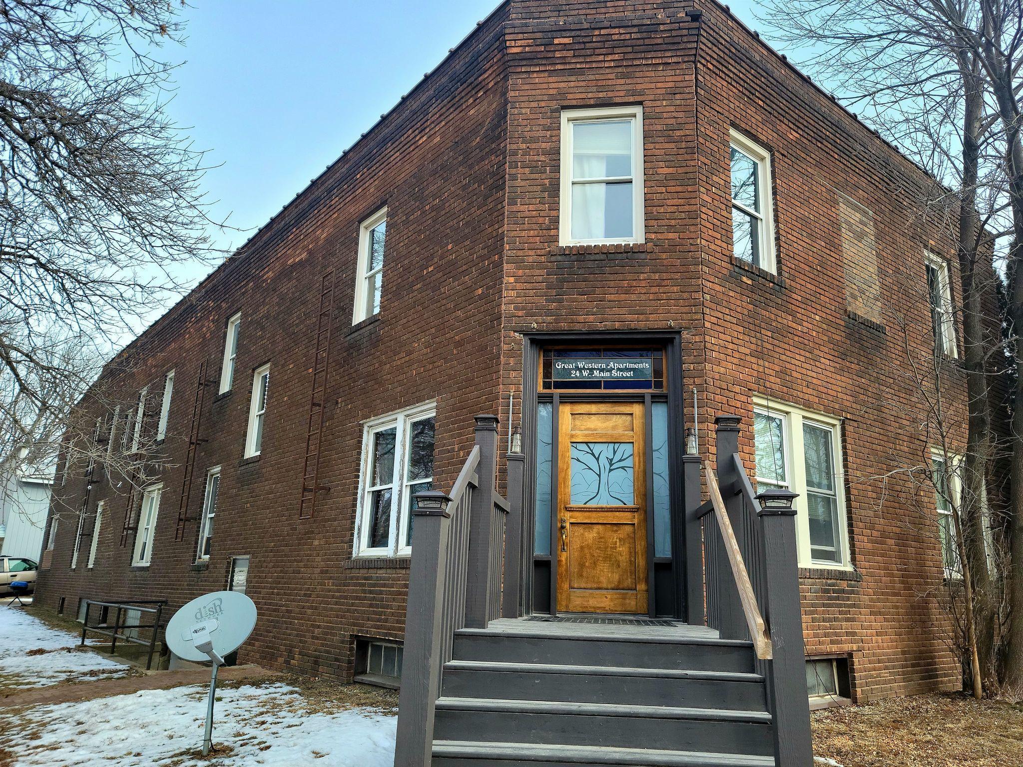 24 W Main Street Property Photo