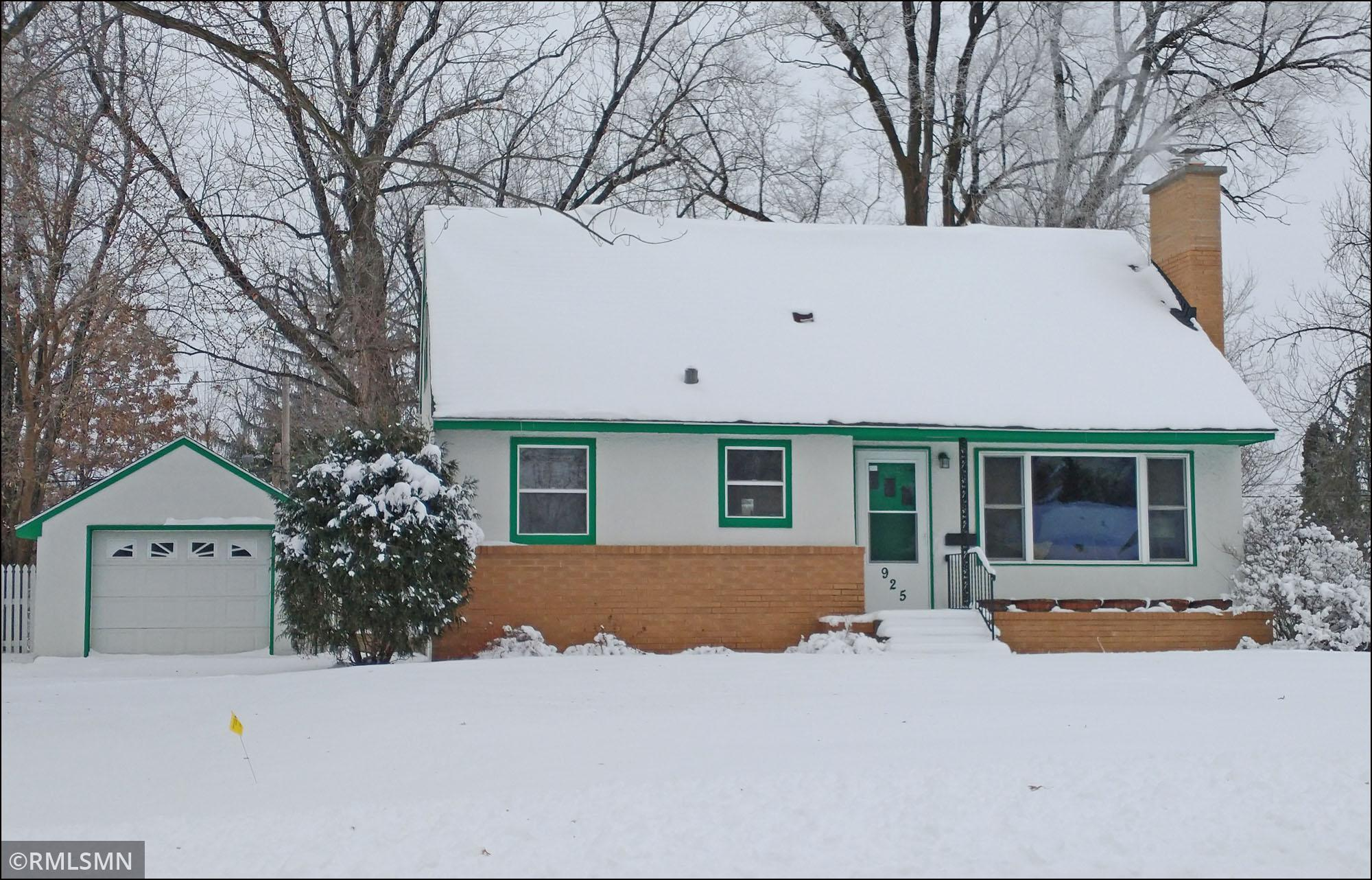 925 Madison Street Property Photo - Anoka, MN real estate listing