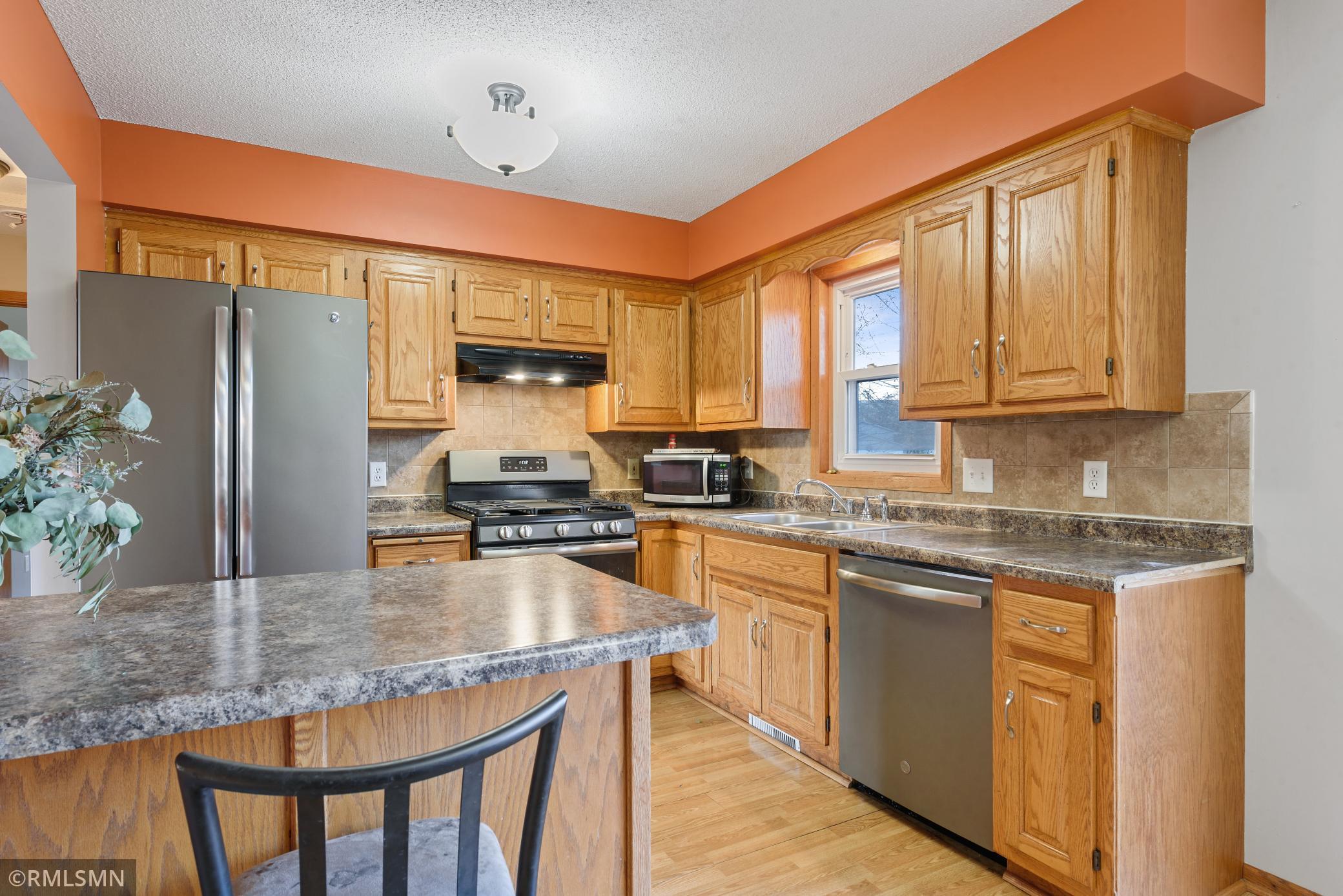 Barthel Manor Real Estate Listings Main Image
