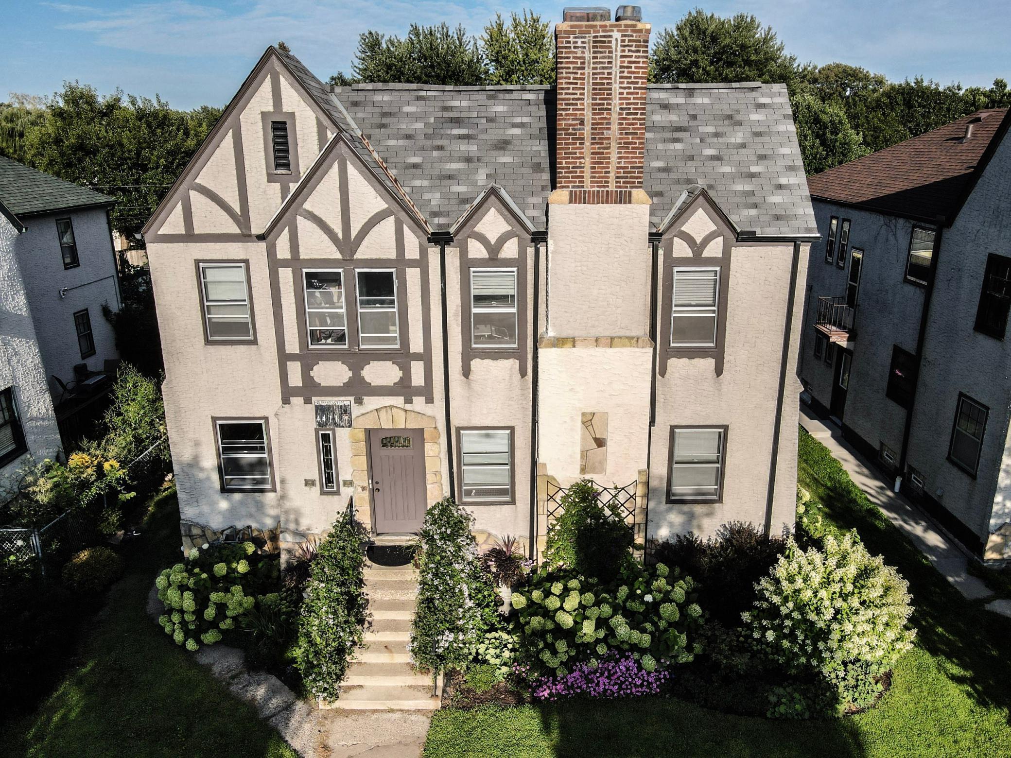 4411 Portland Avenue Property Photo - Minneapolis, MN real estate listing