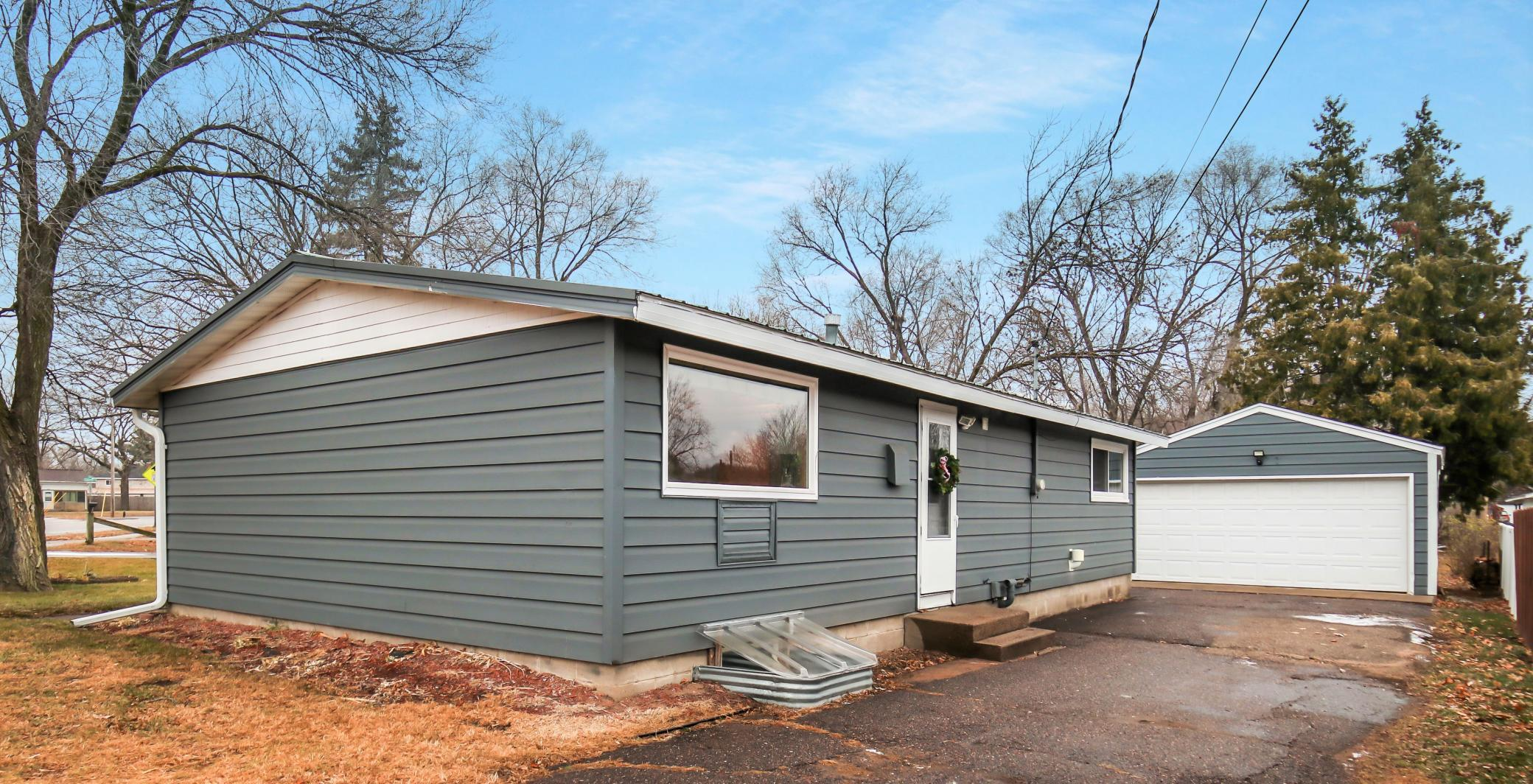 604 Truax Boulevard Property Photo - Eau Claire, WI real estate listing