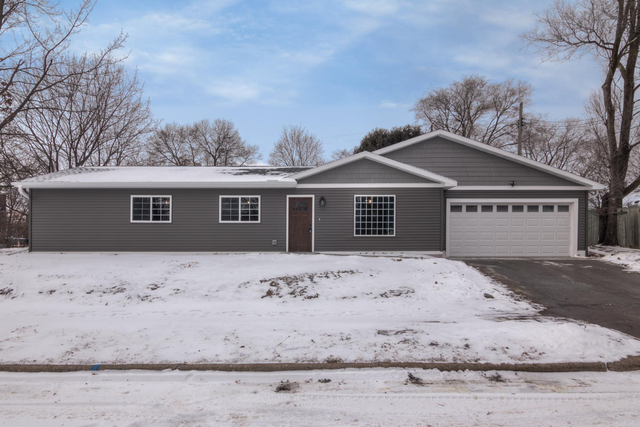 1304 Snelling Street Property Photo - Eau Claire, WI real estate listing