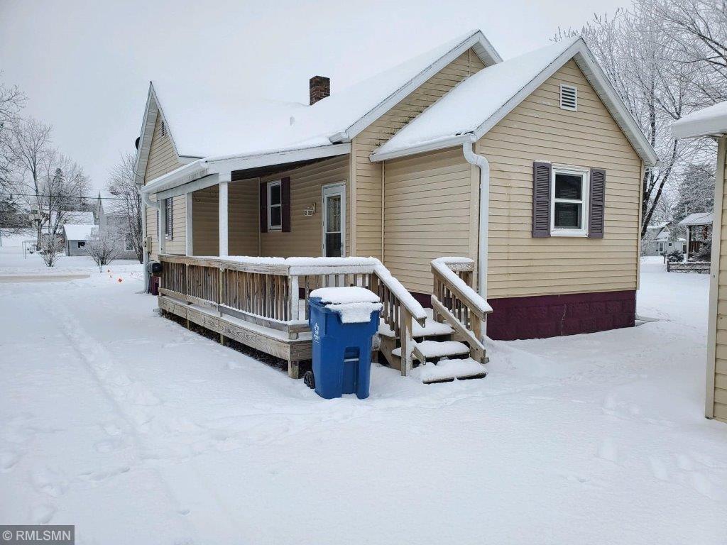 135 W Franklin Avenue Property Photo - Barron, WI real estate listing