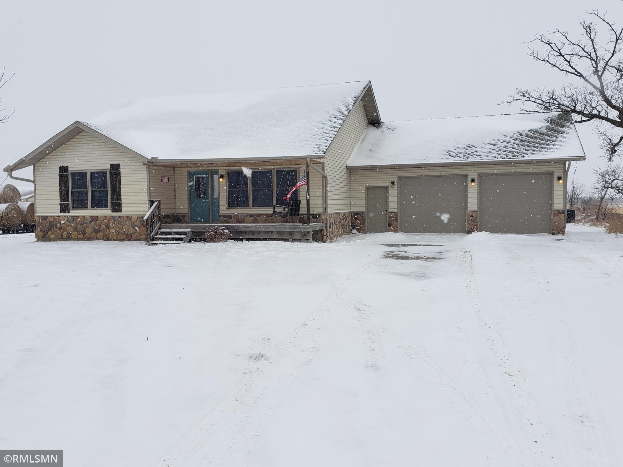 57743 285th Street Property Photo - Deer Creek, MN real estate listing
