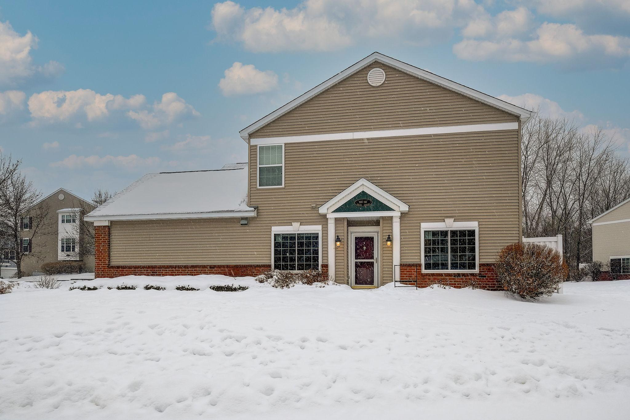 900 Village Parkway #1118 Property Photo - Circle Pines, MN real estate listing