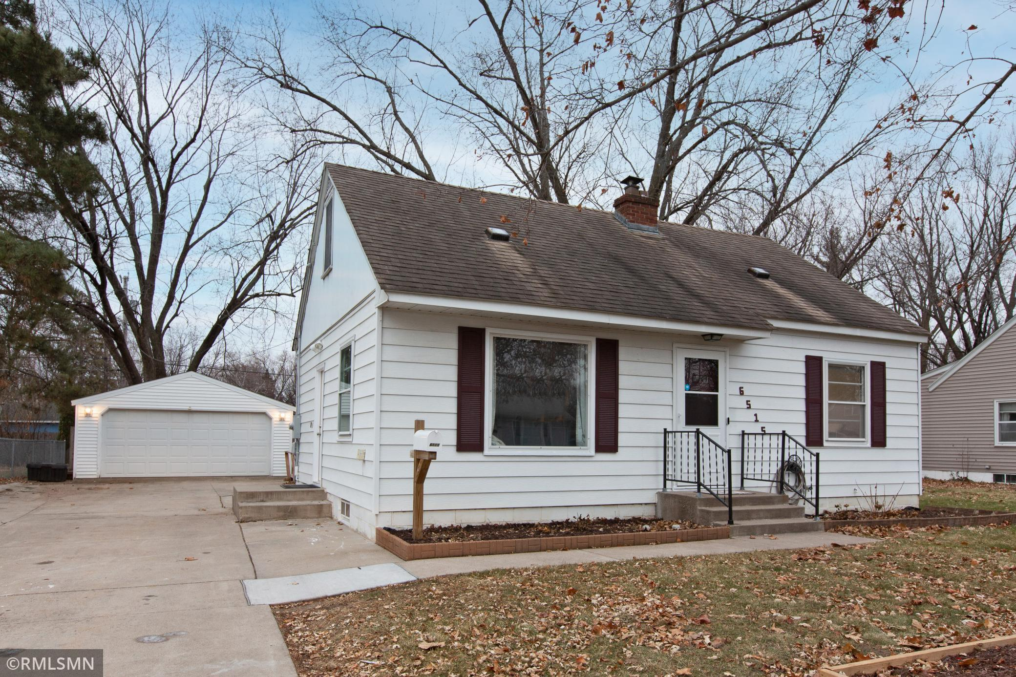 6515 Cloverdale Avenue Property Photo - Crystal, MN real estate listing