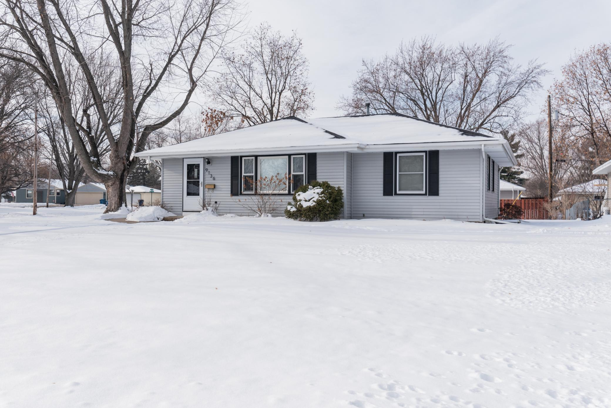 9136 15th Avenue S Property Photo - Bloomington, MN real estate listing