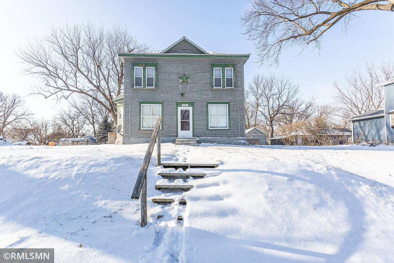 206 Renville Street Property Photo - Winthrop, MN real estate listing