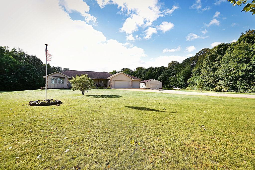 34633 316th Street Property Photo - Le Sueur, MN real estate listing