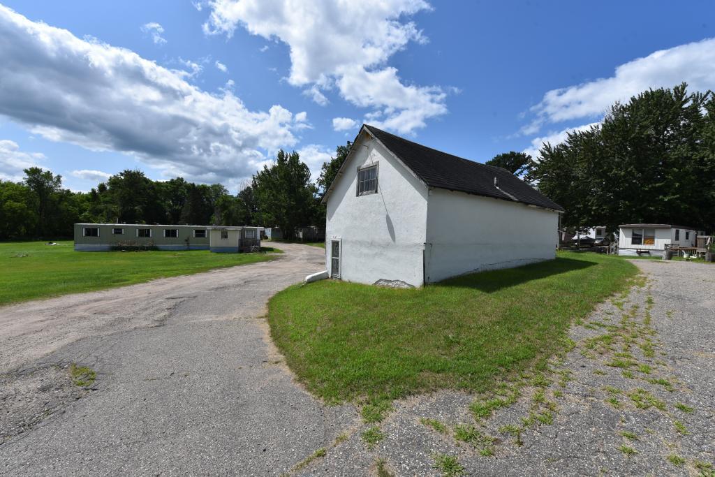 1402 Jefferson Street S Property Photo - Wadena, MN real estate listing