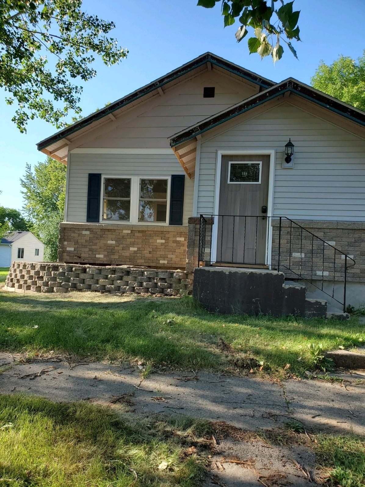 125 E Ronning Avenue Property Photo - Appleton, MN real estate listing