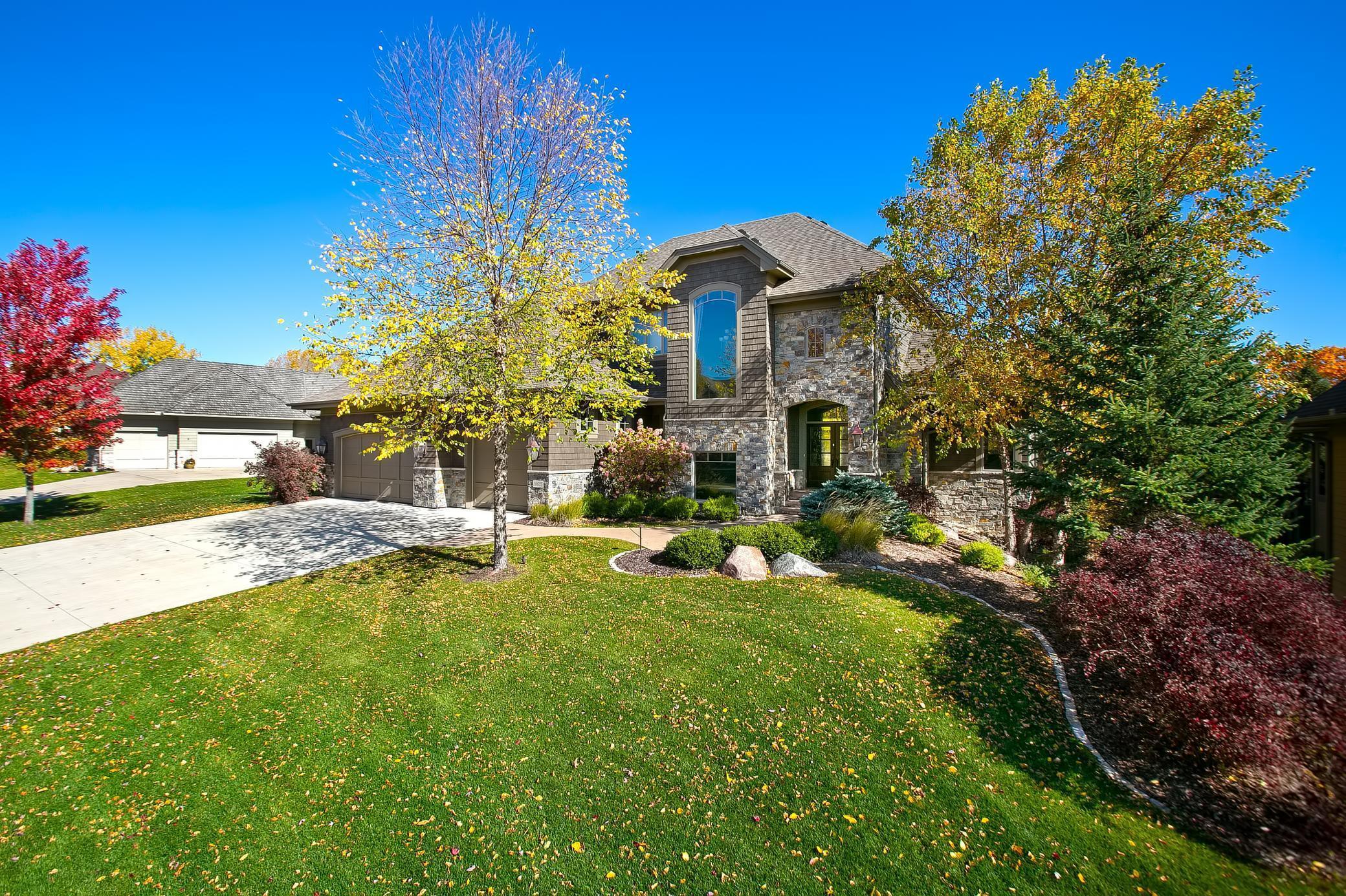 10635 Sonoma Ridge Property Photo - Eden Prairie, MN real estate listing