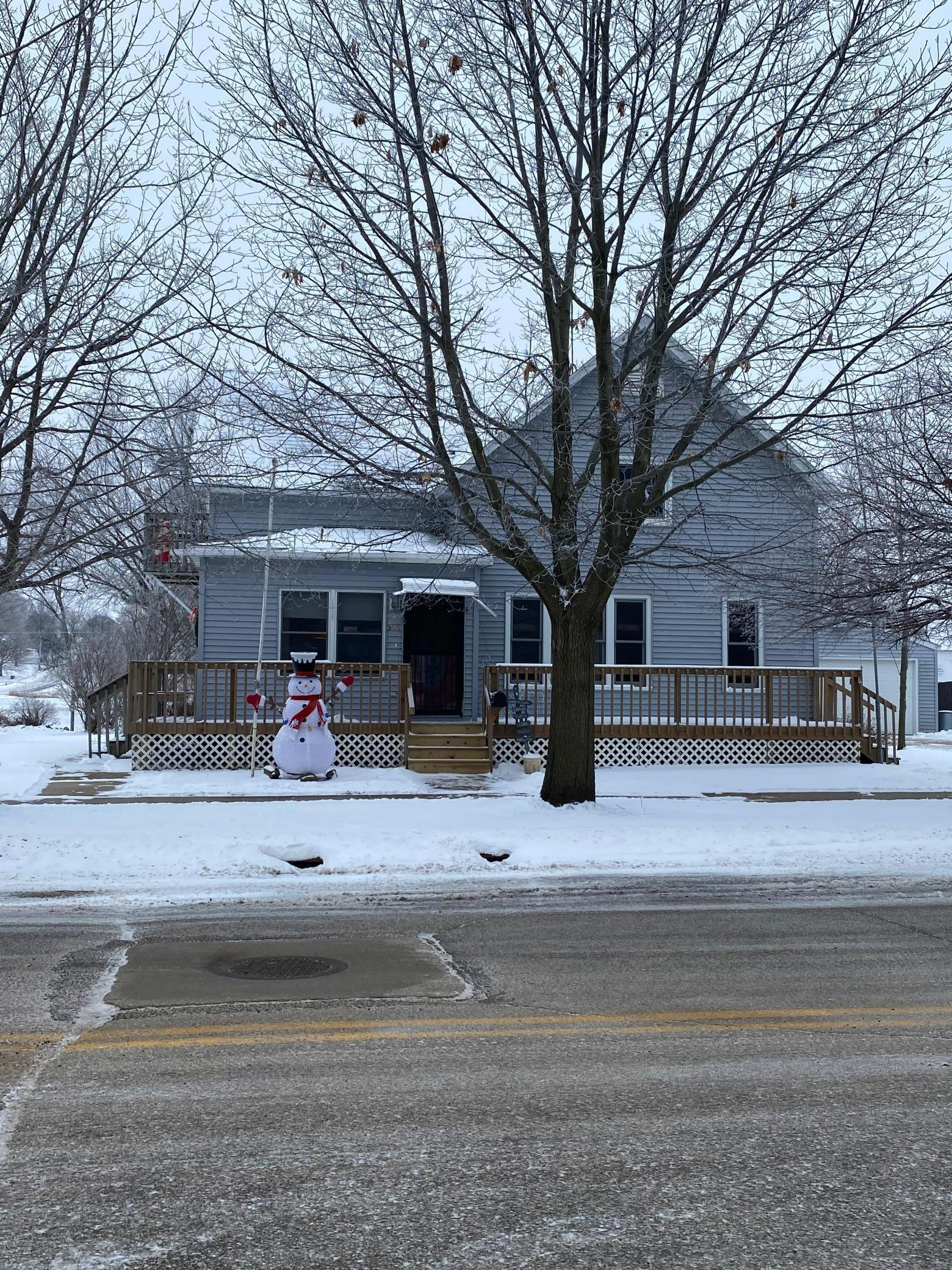 308 W Main Street Property Photo - Spring Valley, MN real estate listing