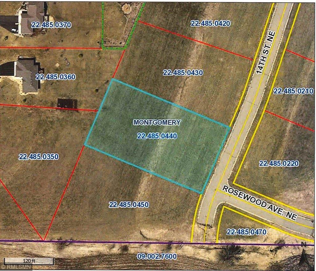 905 14th Street NE Property Photo - Montgomery, MN real estate listing