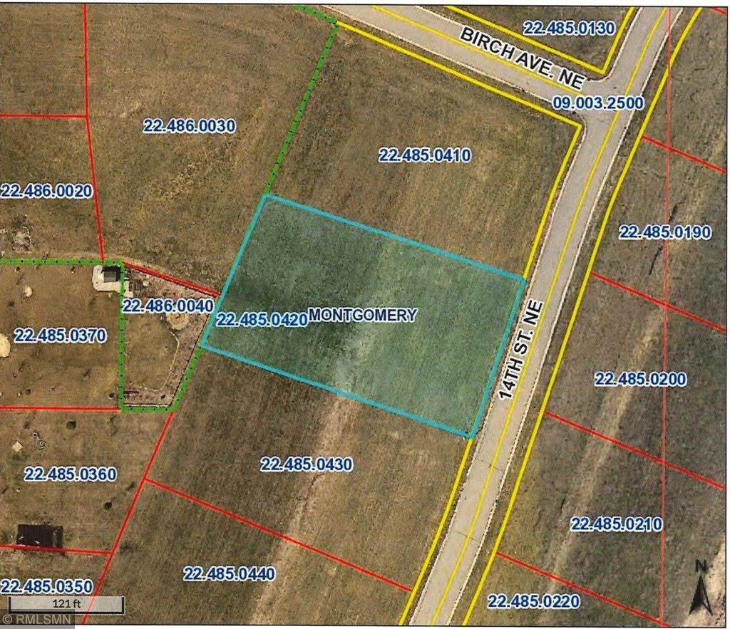 913 14th Street NE Property Photo - Montgomery, MN real estate listing