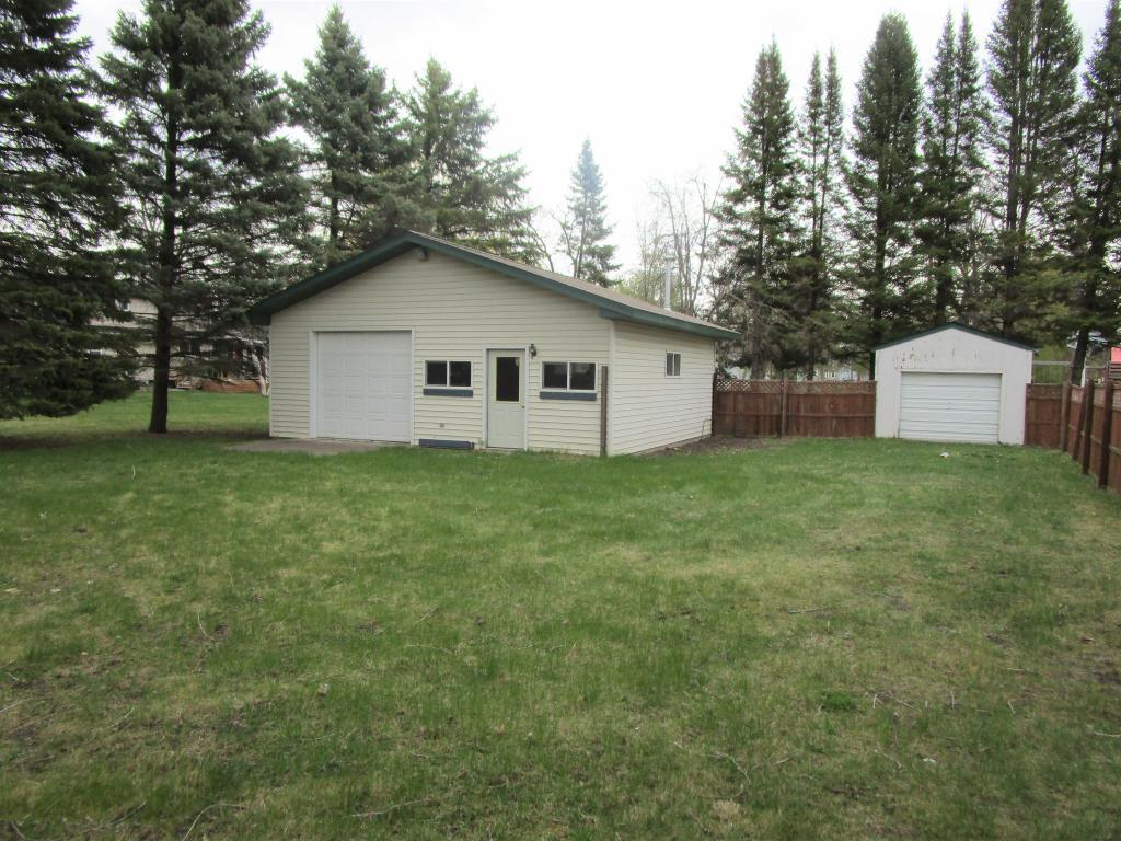 903 Albany Avenue Property Photo - Morris, MN real estate listing