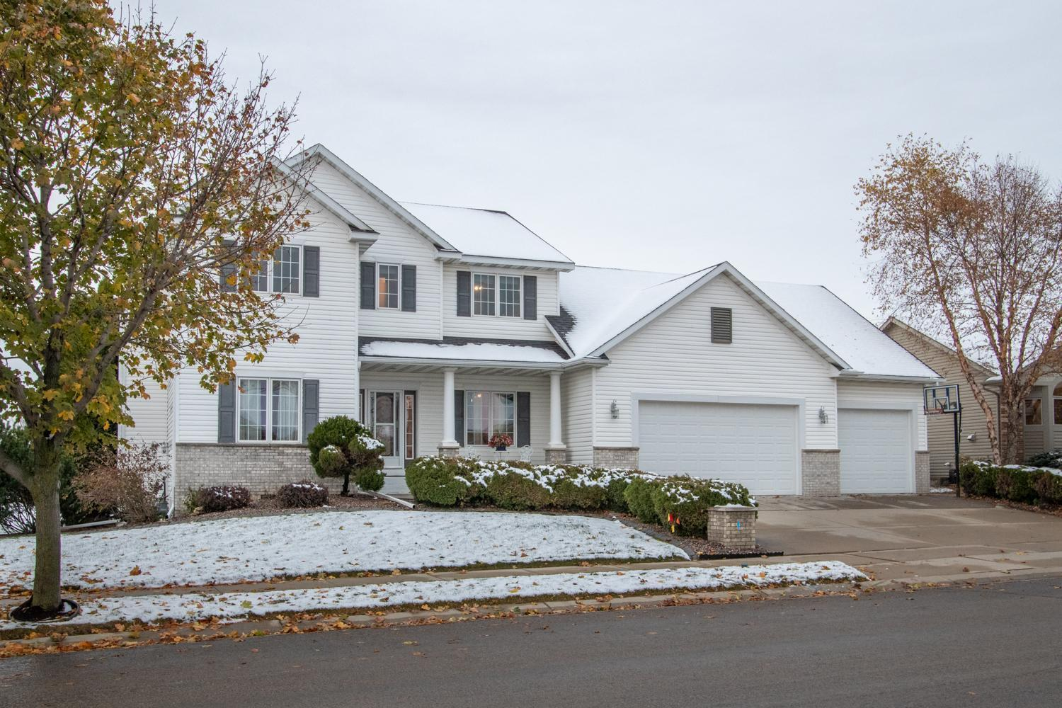 2217 Jade Place NE Property Photo - Rochester, MN real estate listing