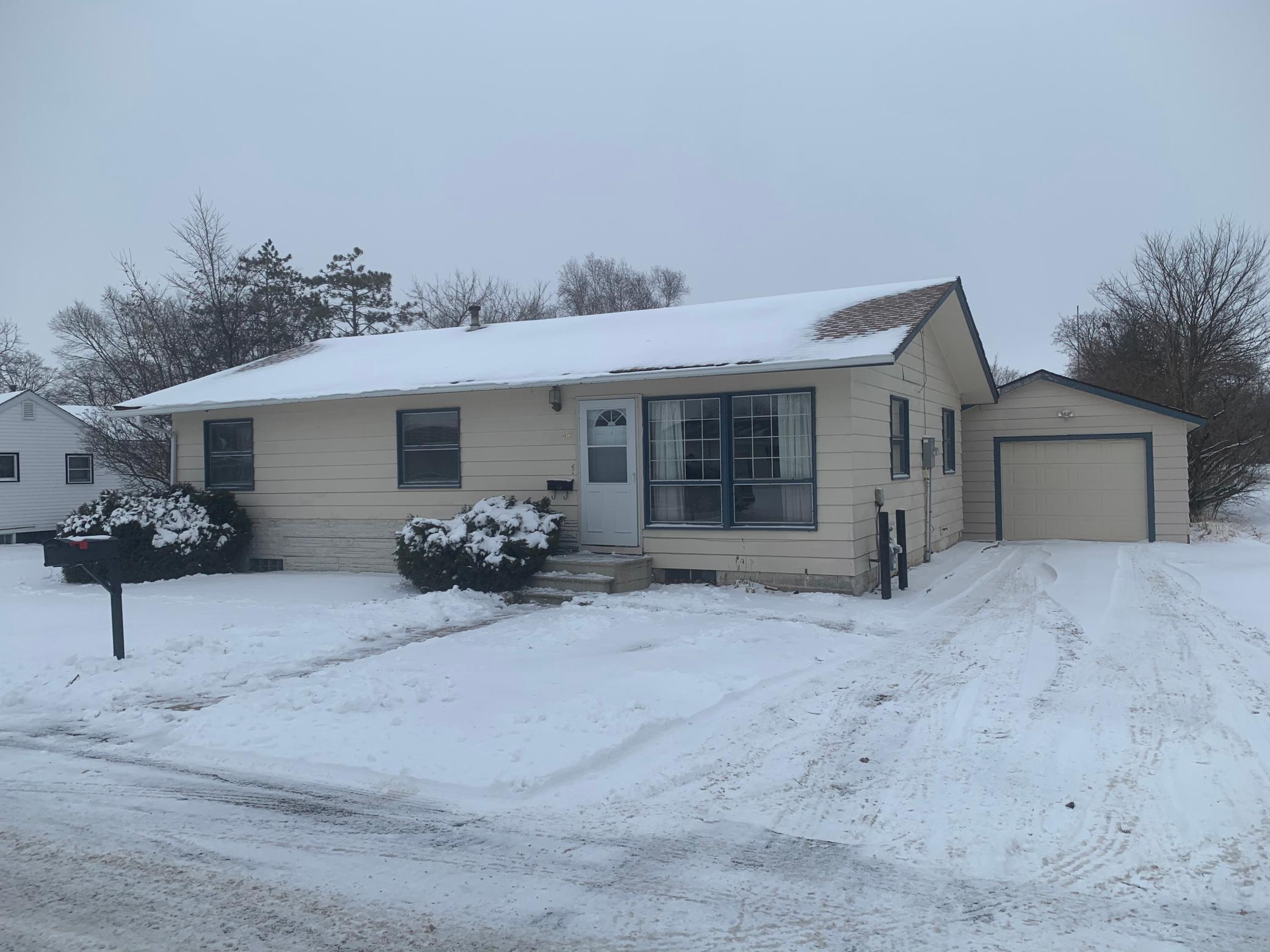 416 Sunshine Street S Property Photo - Spring Valley, MN real estate listing