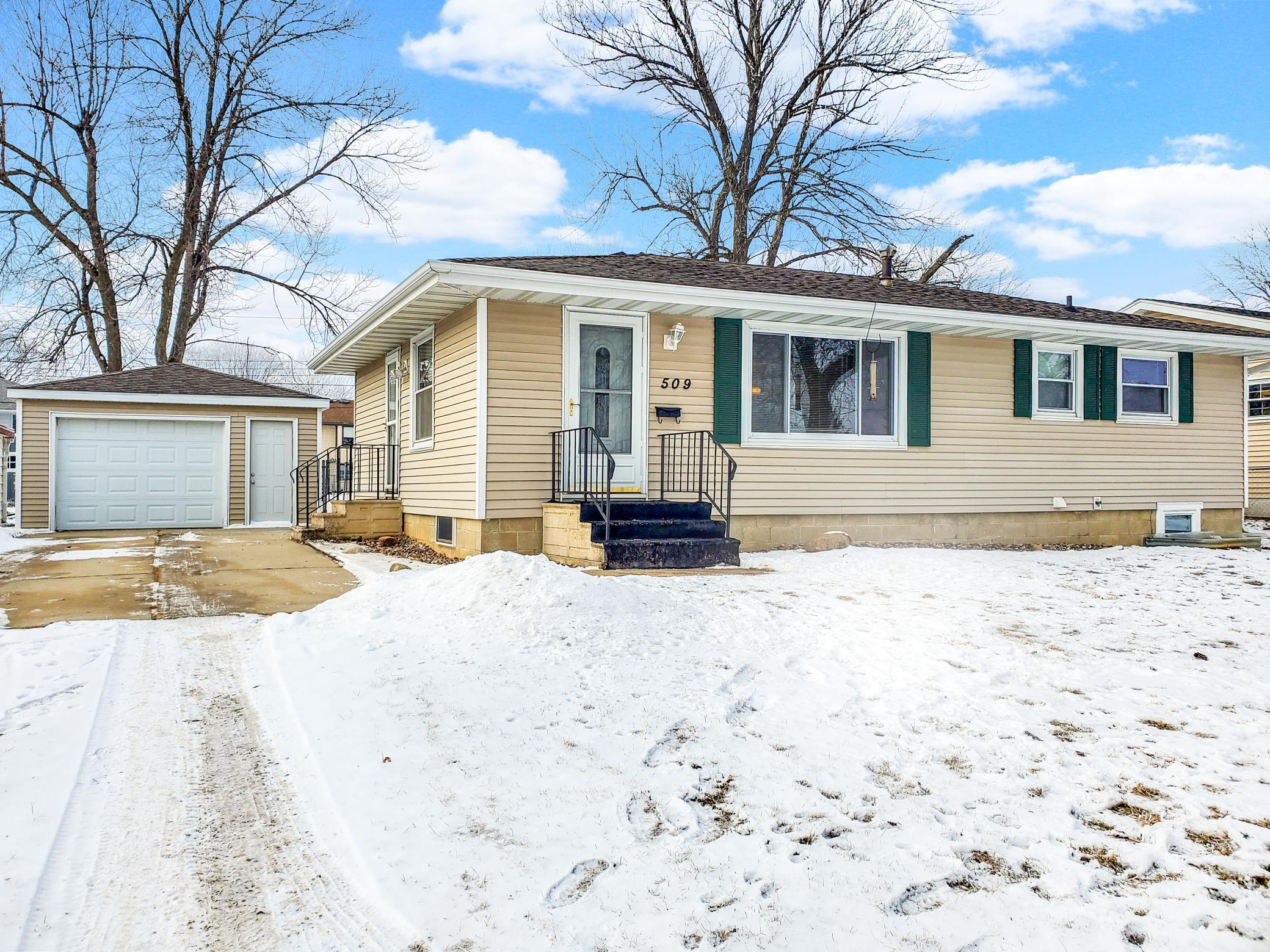 509 5th Avenue SE Property Photo - Stewartville, MN real estate listing
