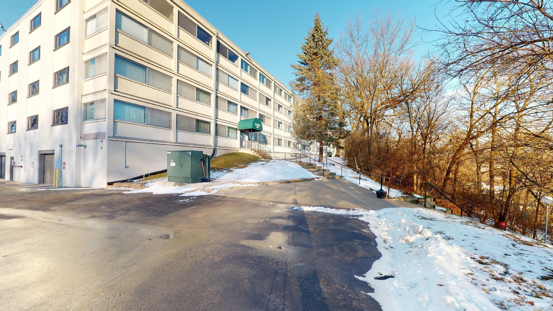 2100 Valkyrie Drive NW #409 Property Photo - Rochester, MN real estate listing