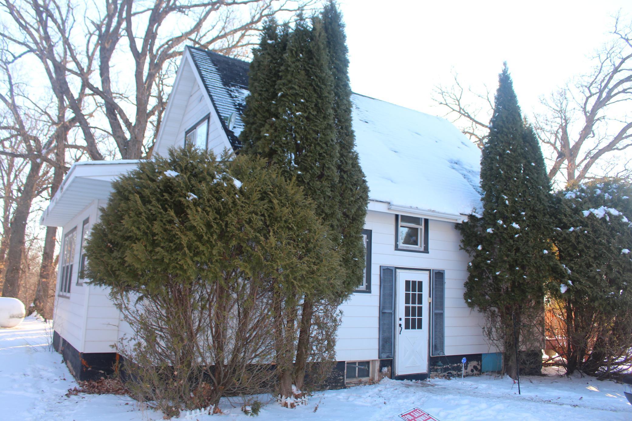 19054 State Highway 104 Property Photo - Glenwood, MN real estate listing