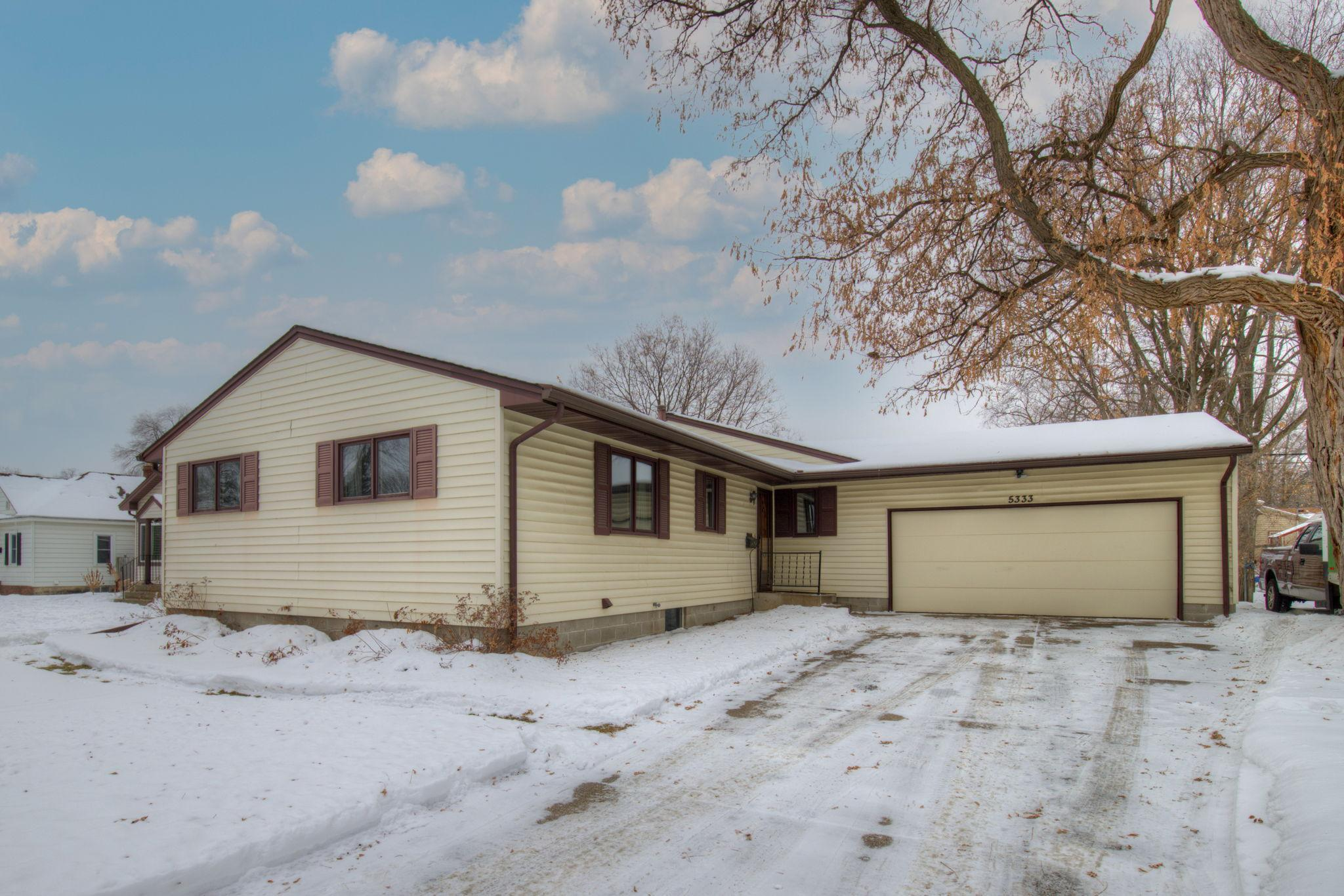 5333 Bryant Avenue N Property Photo - Brooklyn Center, MN real estate listing