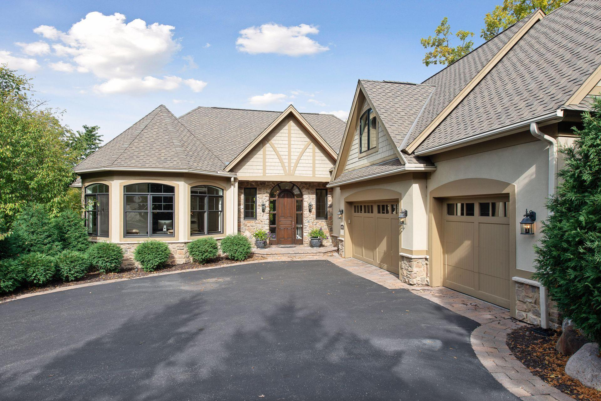 Arrowhead Ridge Real Estate Listings Main Image