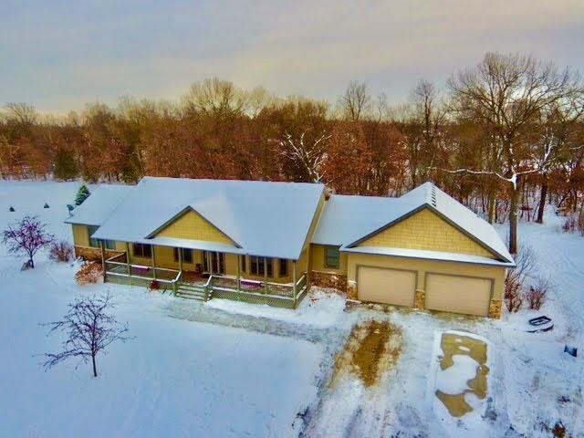3128 203rd Lane NW Property Photo - Oak Grove, MN real estate listing