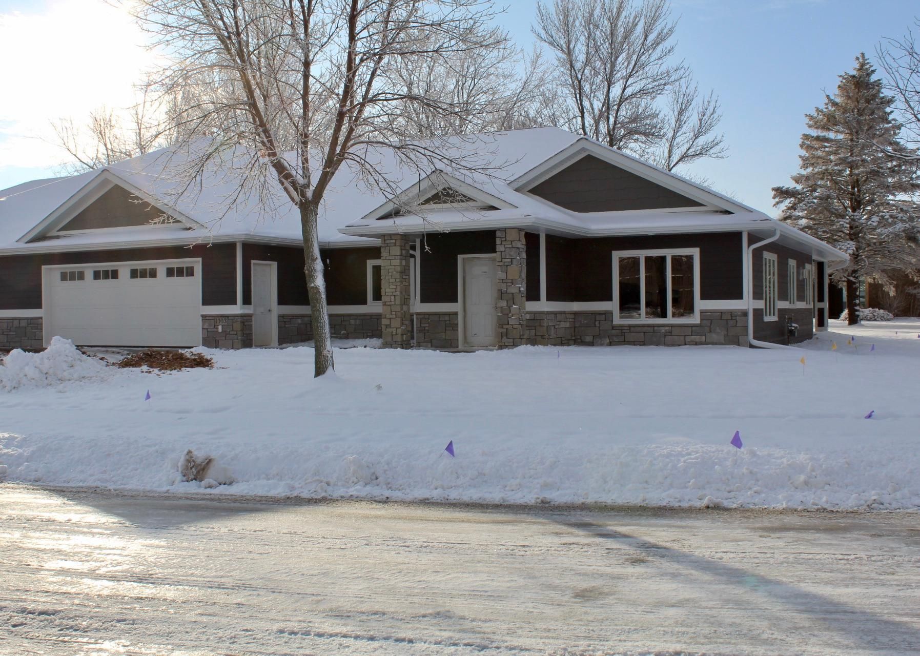 1103 Roundwind Road Property Photo - Luverne, MN real estate listing