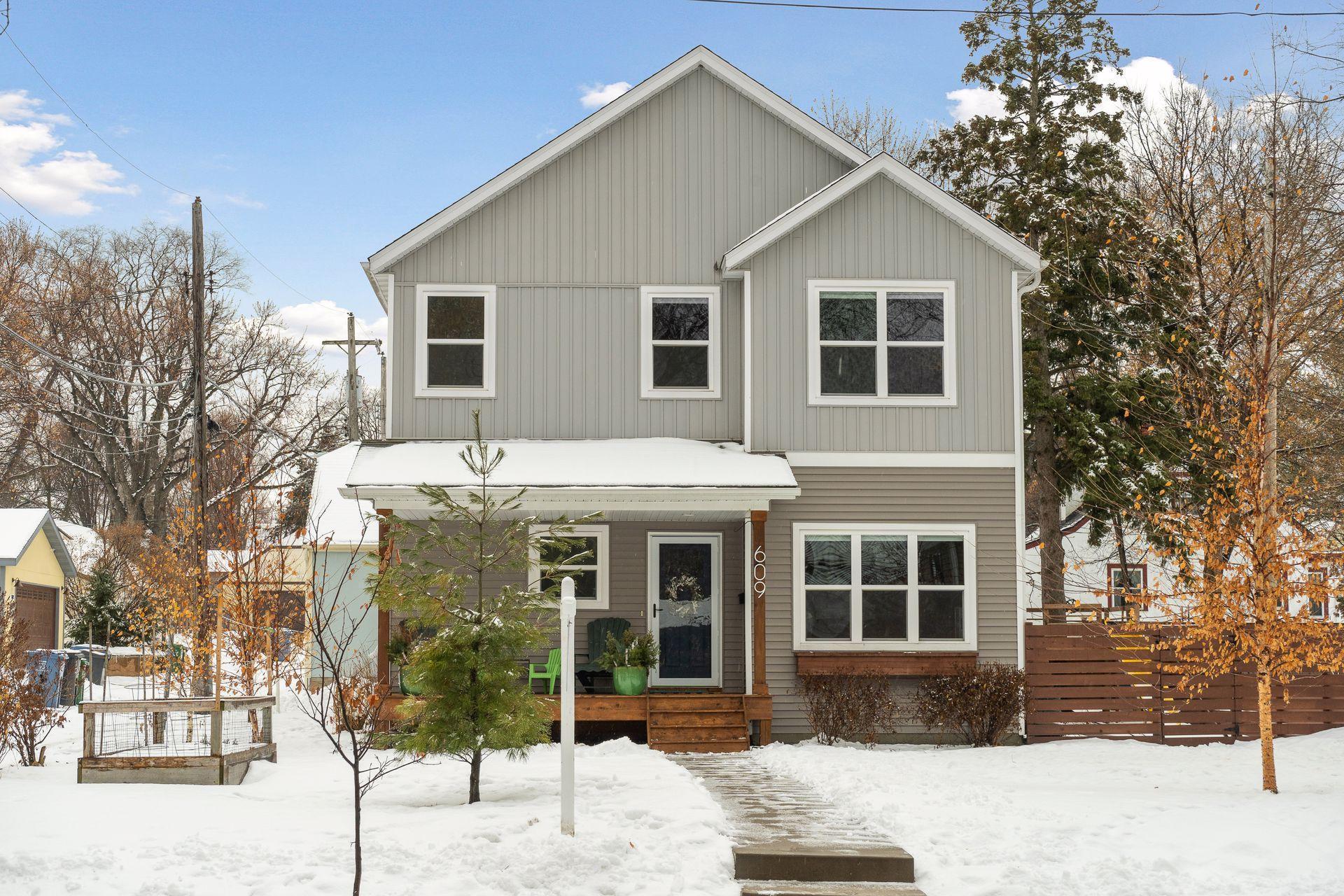 609 E 53rd Street Property Photo - Minneapolis, MN real estate listing